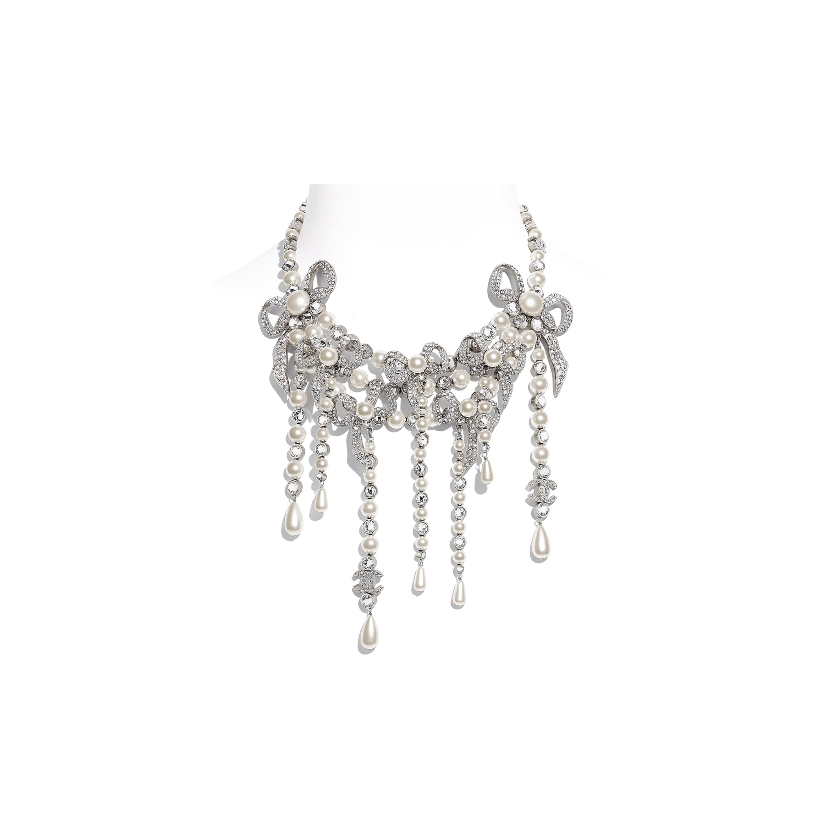 Collier - Argenté, blanc nacré & cristal - Métal, perles de verre & strass - CHANEL - Vue par défaut - voir la version taille standard