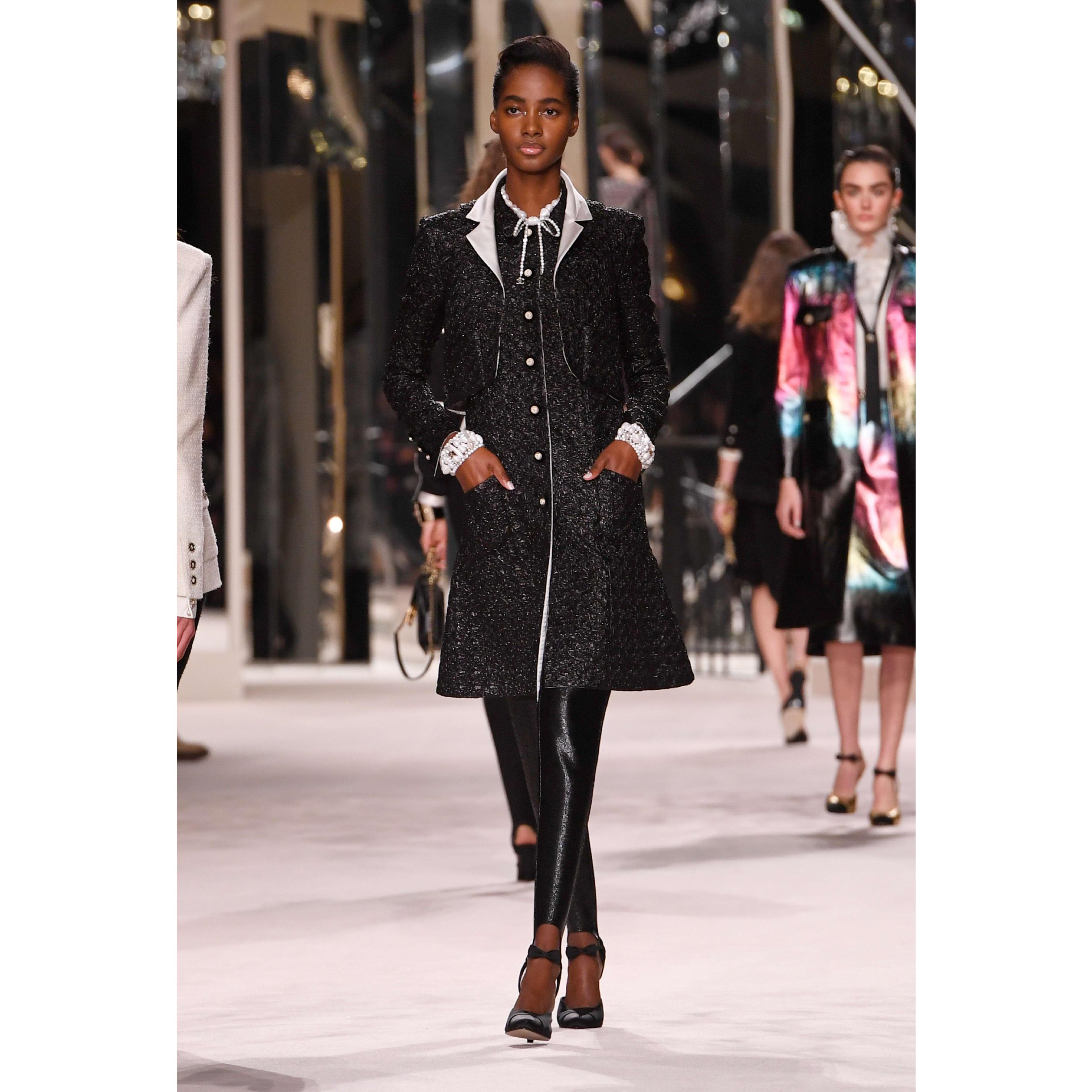 Calça - Black - Jersey - CHANEL - Vista predefinida - ver a versão em tamanho standard