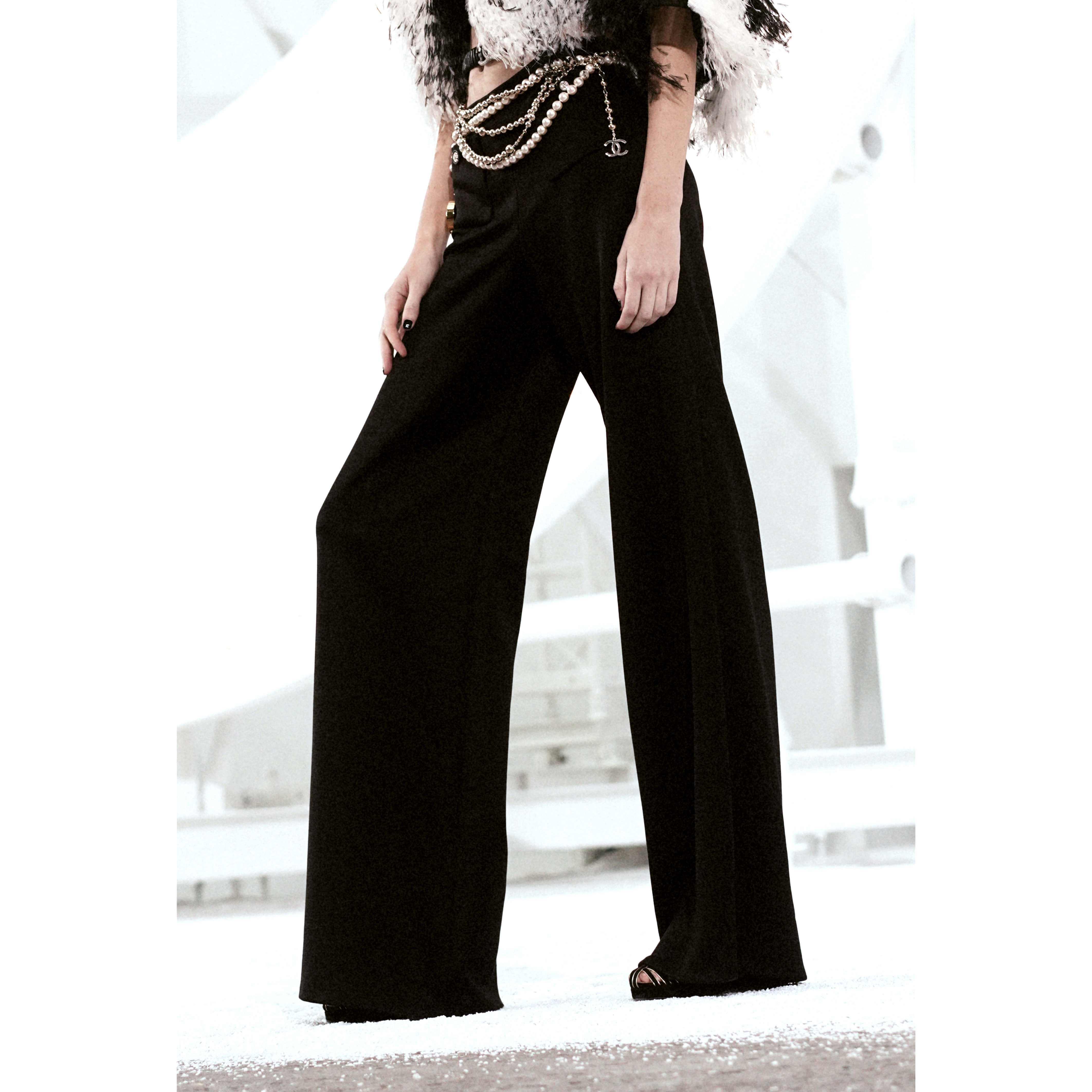 Trousers - Black - Silk - CHANEL - Alternative view - see standard sized version