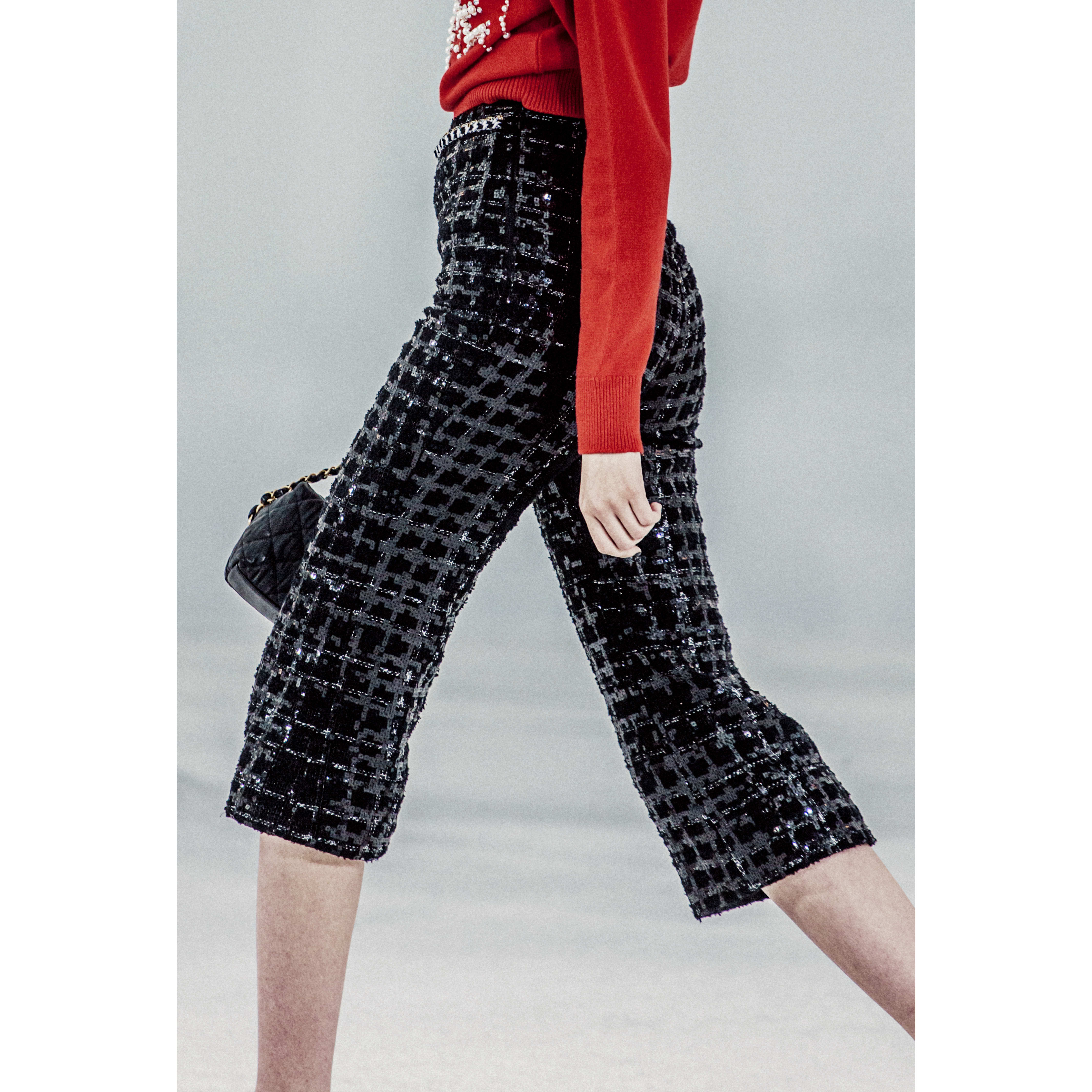 Trousers - Black & White - Glittered Tweed - CHANEL - Alternative view - see standard sized version