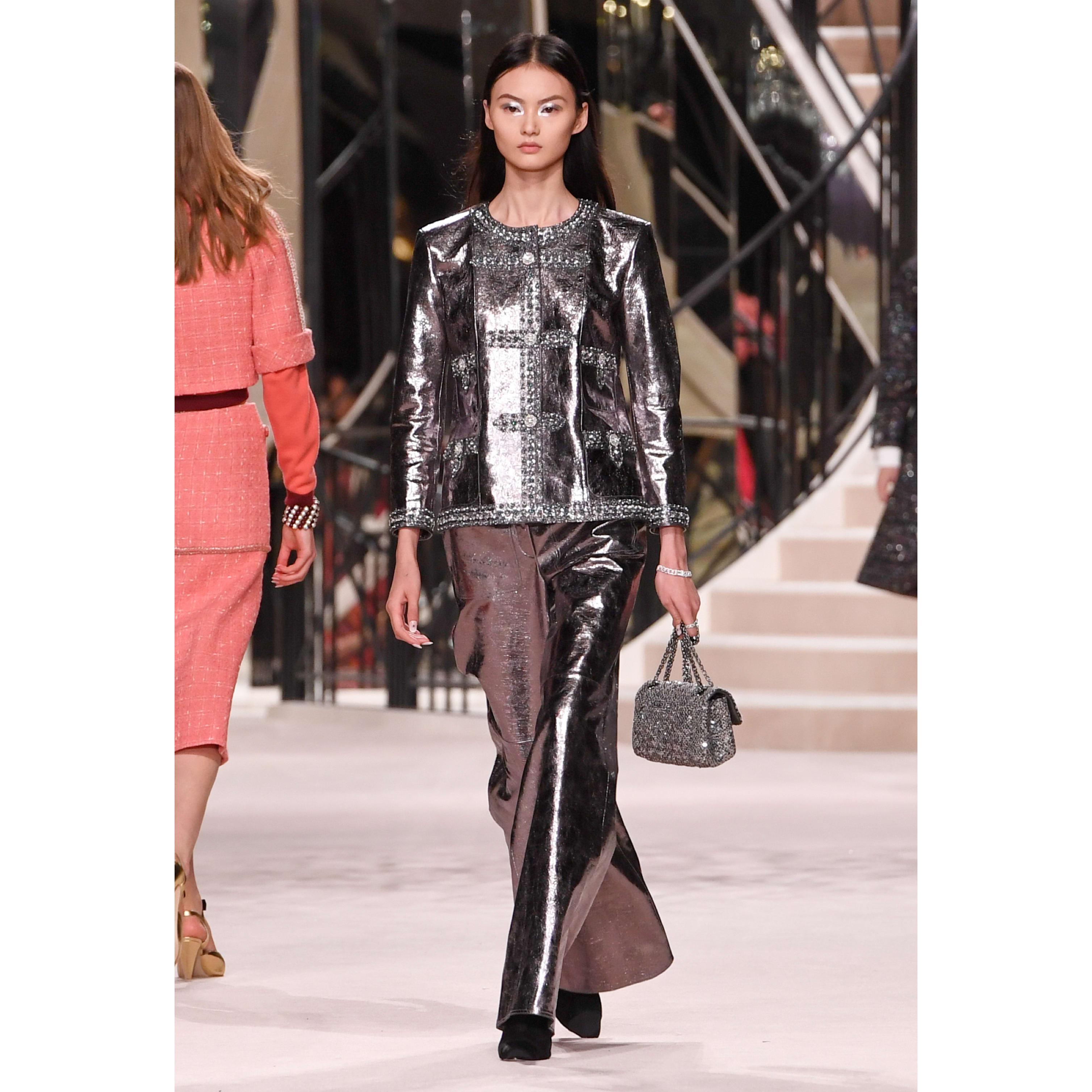 Spodnie - Kolor srebrny - Skóra cielęca - CHANEL - Widok domyślny – zobacz w standardowym rozmiarze