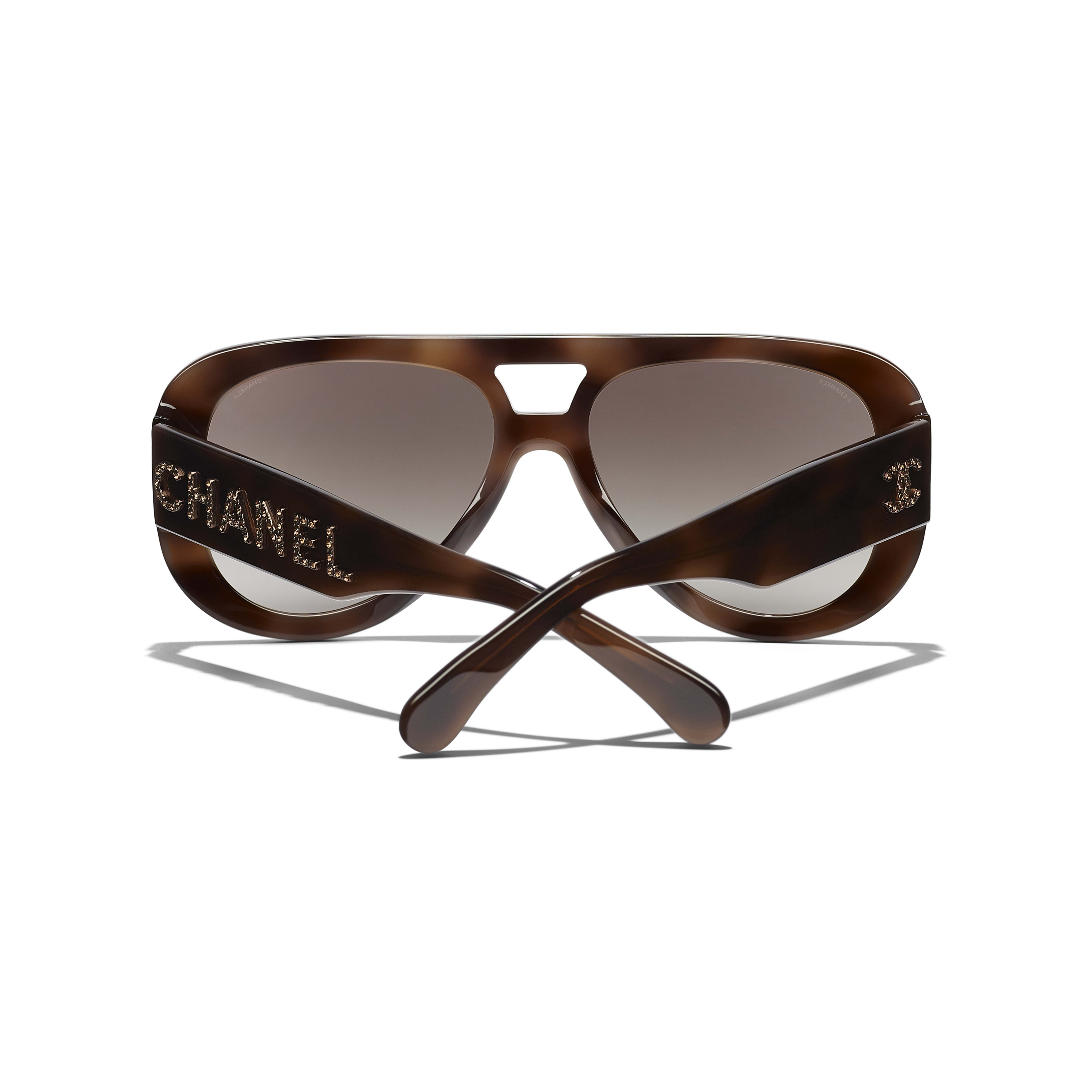 Pilot Sunglasses - Tortoise - Acetate & Diamanté - CHANEL - Extra view - see standard sized version