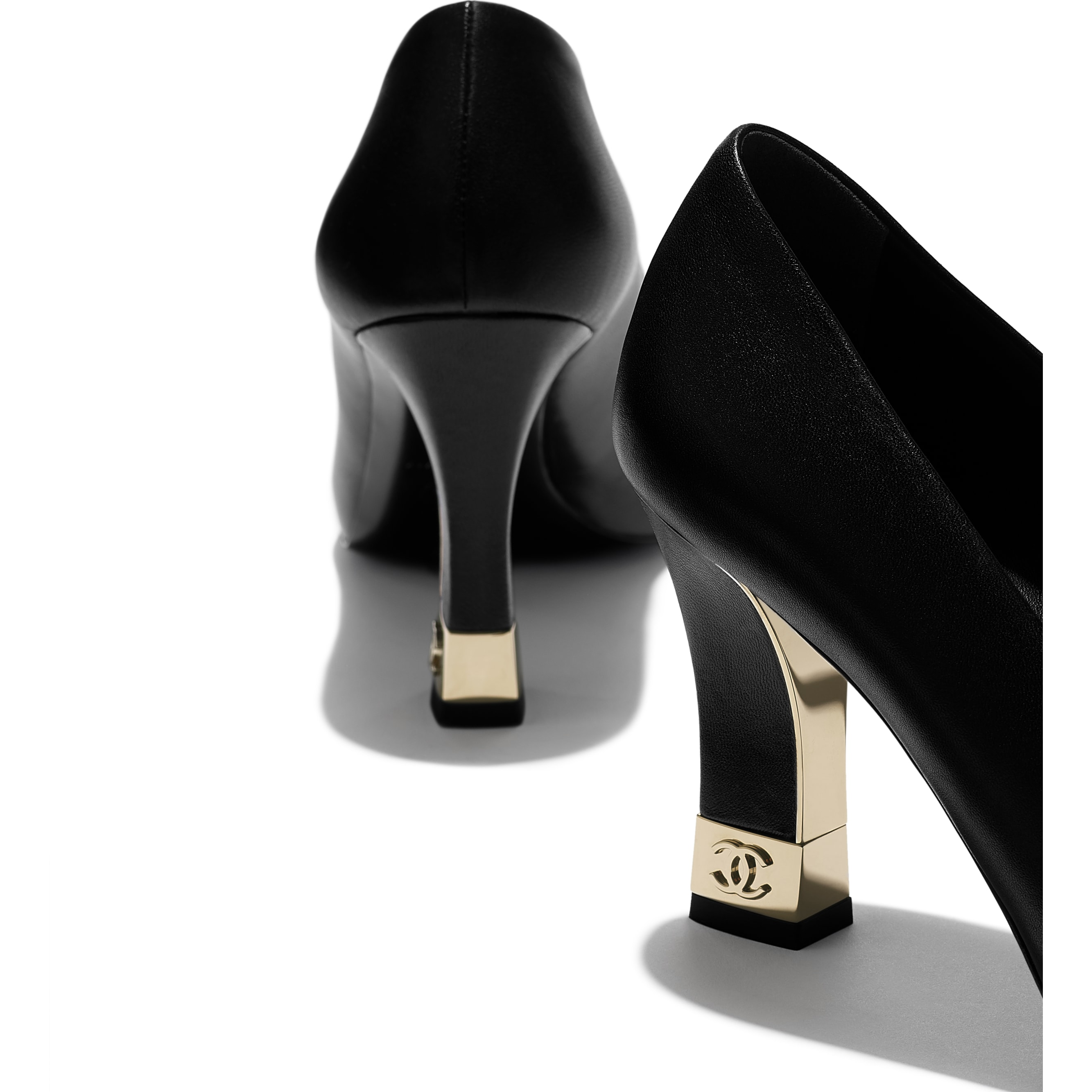 Pumps - Black - Lambskin & Grosgrain - CHANEL - Extra view - see standard sized version