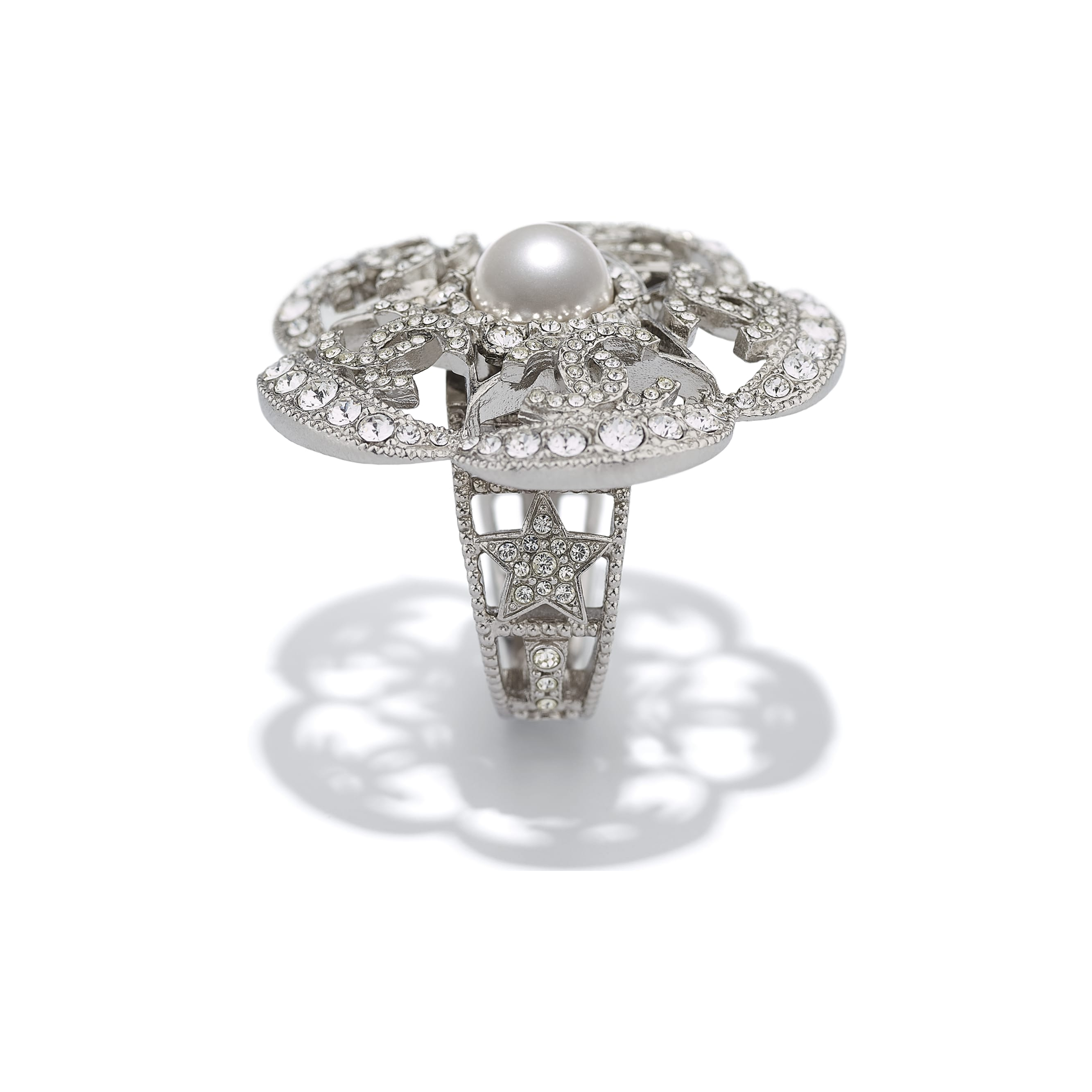 Ring - Silver, Pearly White & Crystal - Metal, Glass Pearls & Diamantés - Alternative view - see standard sized version