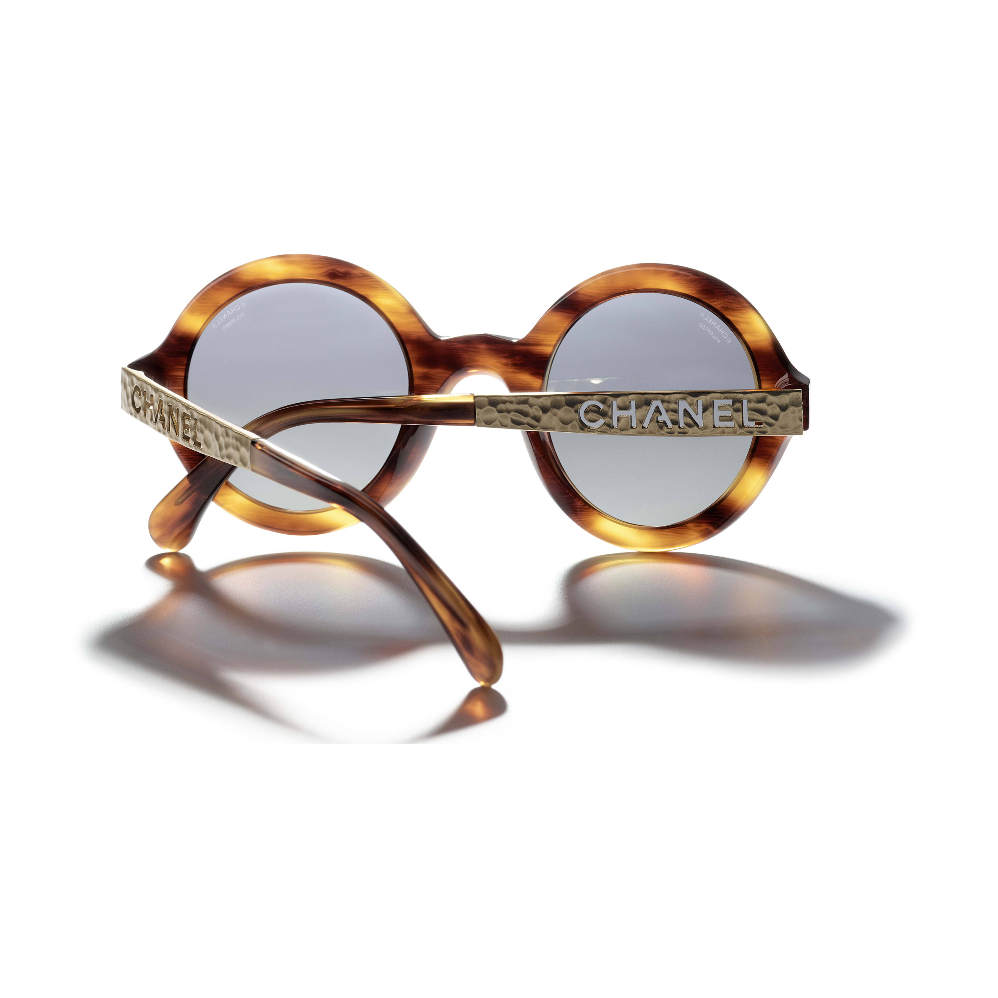 Round Sunglasses - Tortoise - Acetate & Metal - CHANEL - Extra view - see standard sized version
