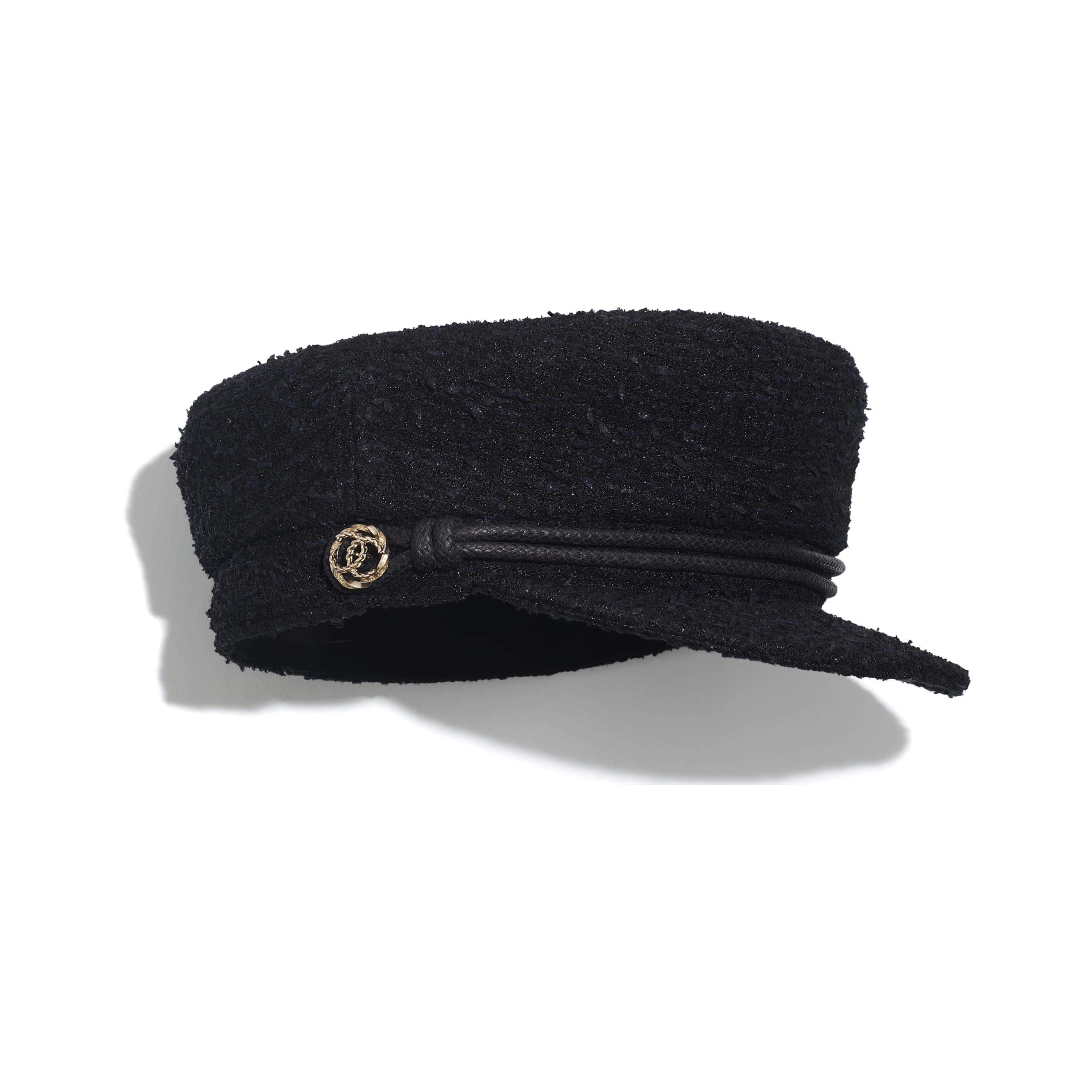 หมวกแก๊ปทรงกะลาสี - สีดำ - ผ้าทวีตและโลหะ - มุมมองทางอื่น - ดูเวอร์ชันขนาดมาตรฐาน
