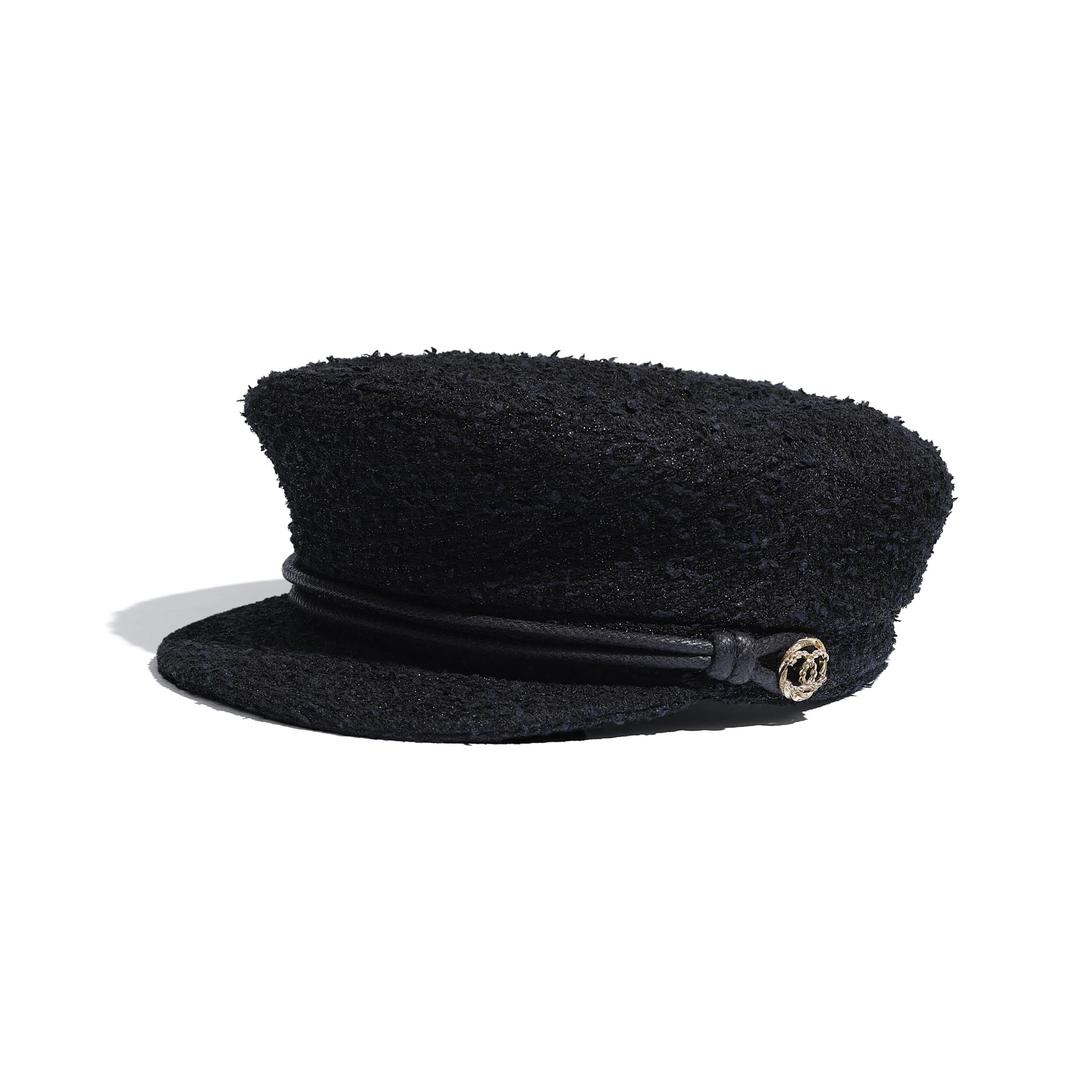 หมวกแก๊ปทรงกะลาสี - สีดำ - ผ้าทวีตและโลหะ - มุมมองปัจจุบัน - ดูเวอร์ชันขนาดมาตรฐาน
