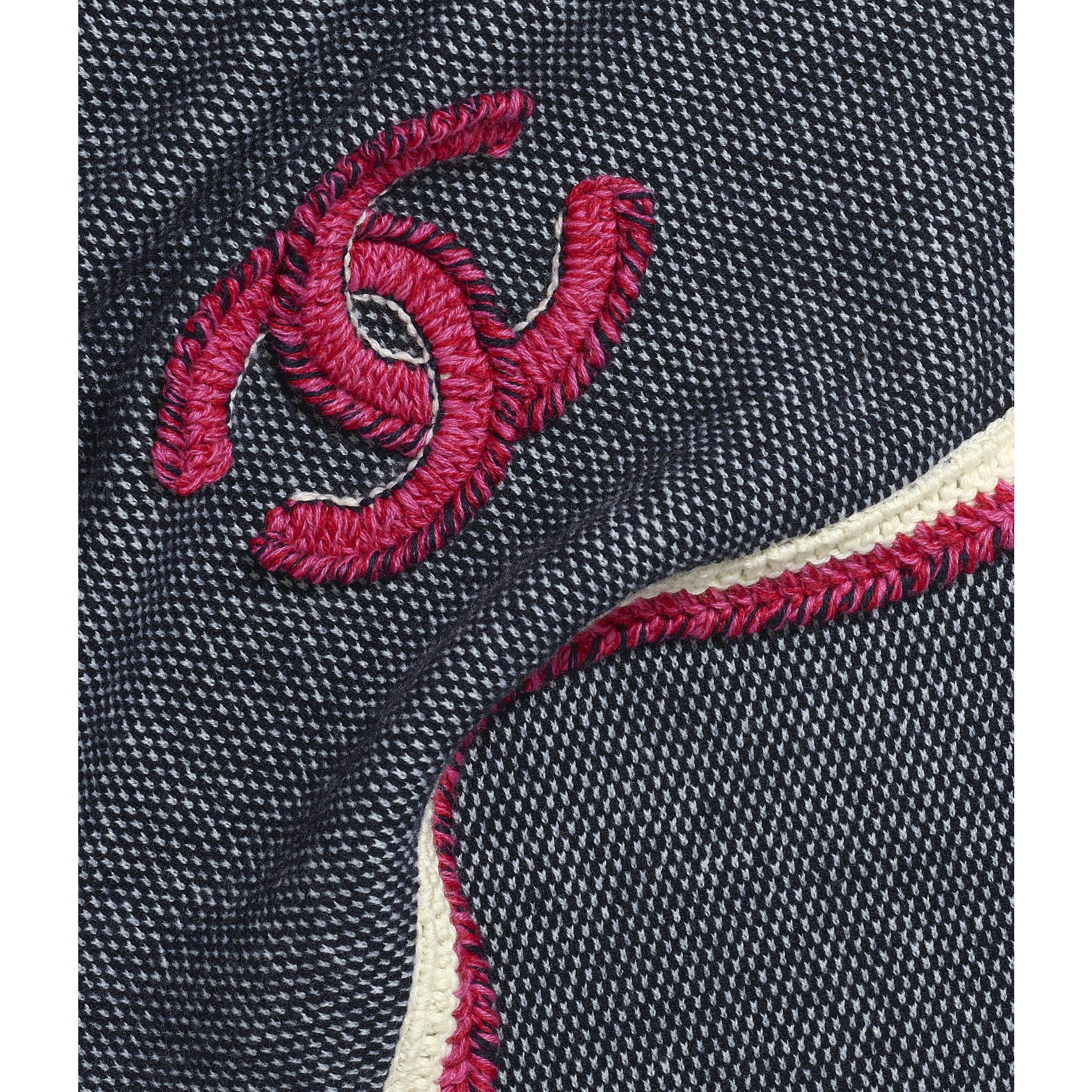 Scarf - Navy Blue & Fuchsia - Cashmere & Wool - CHANEL - Default view - see standard sized version
