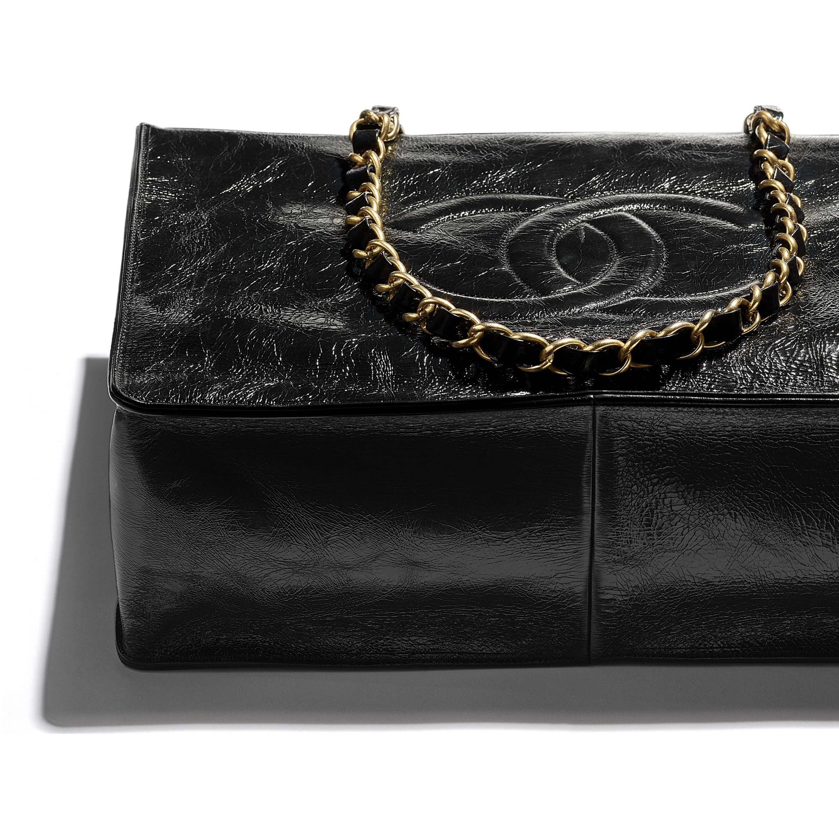 Shopping Bag - Black - Shiny Aged Calfskin & Gold-Tone Metal - CHANEL - Extra view - see standard sized version