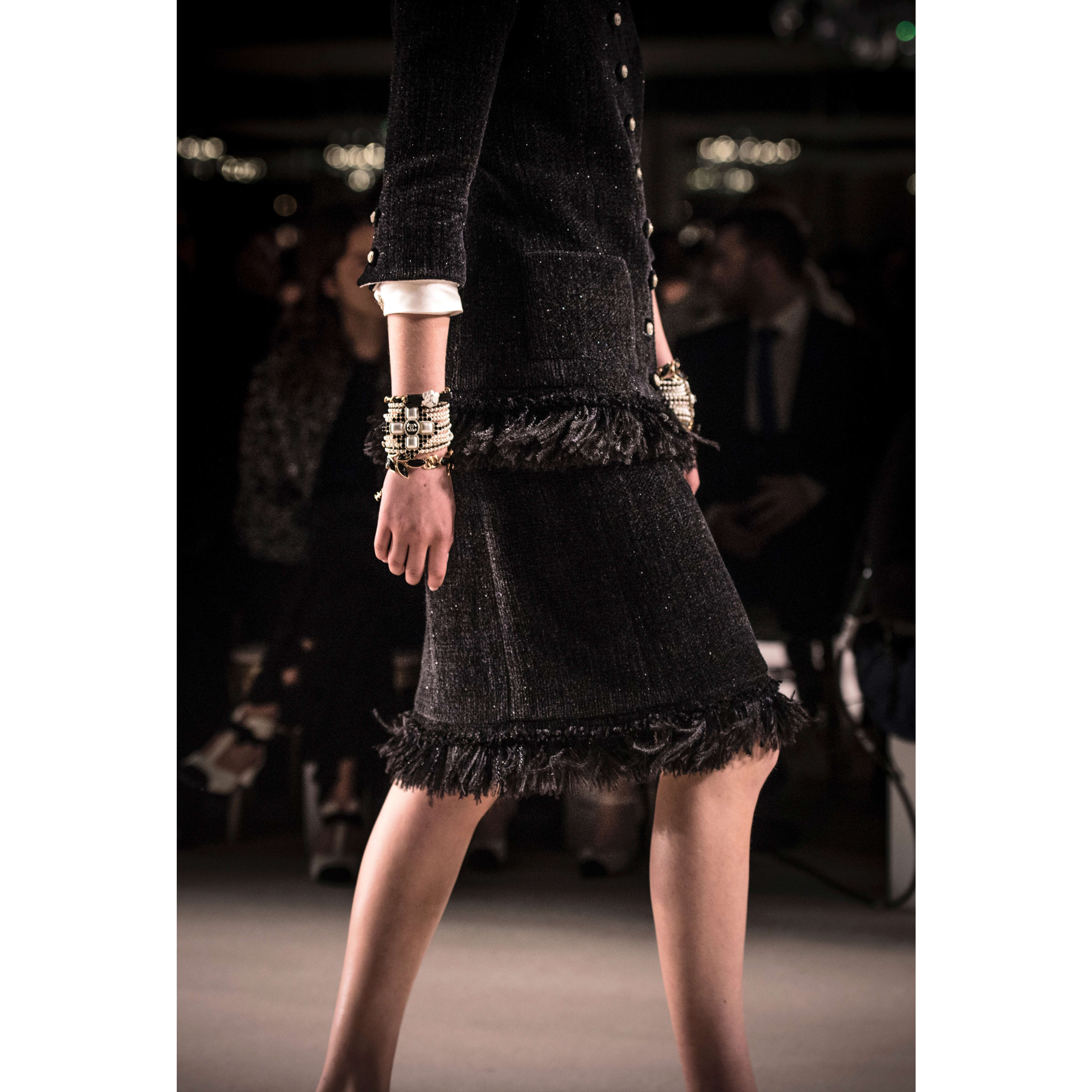 Skirt - Black - Wool Tweed - CHANEL - Other view - see standard sized version