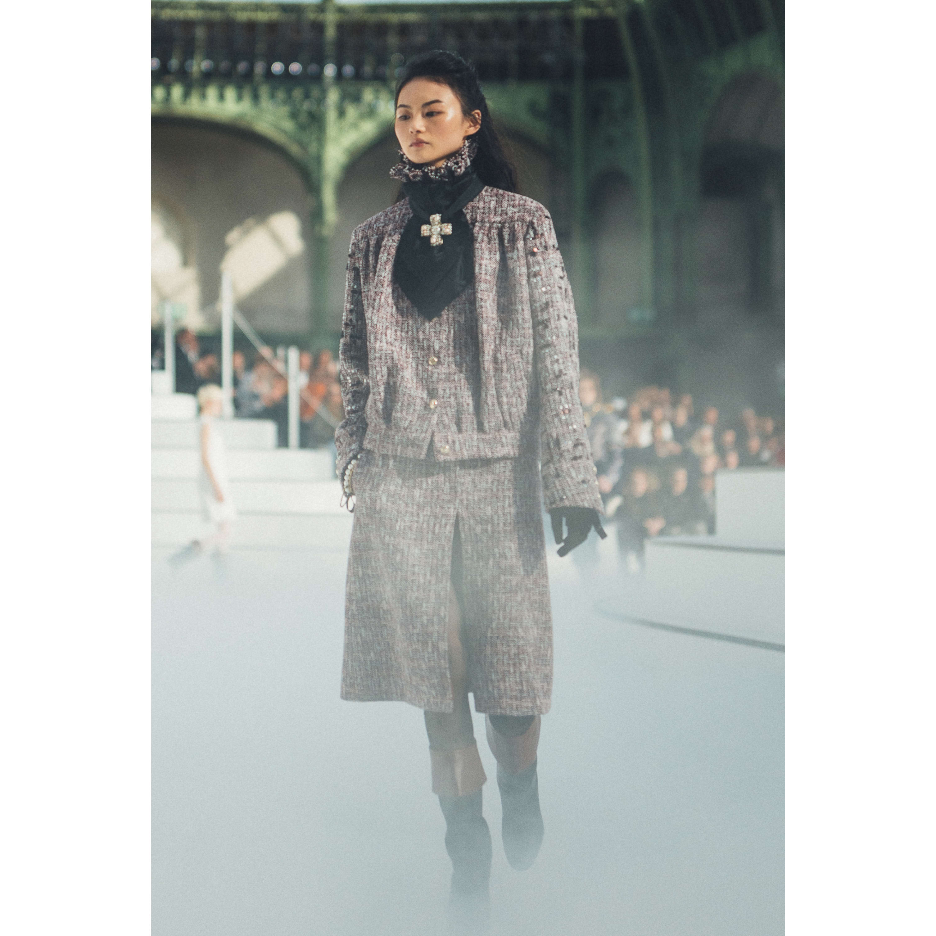 Skirt - Burgundy, White & Black - Wool & Cotton Tweed - CHANEL - Default view - see standard sized version