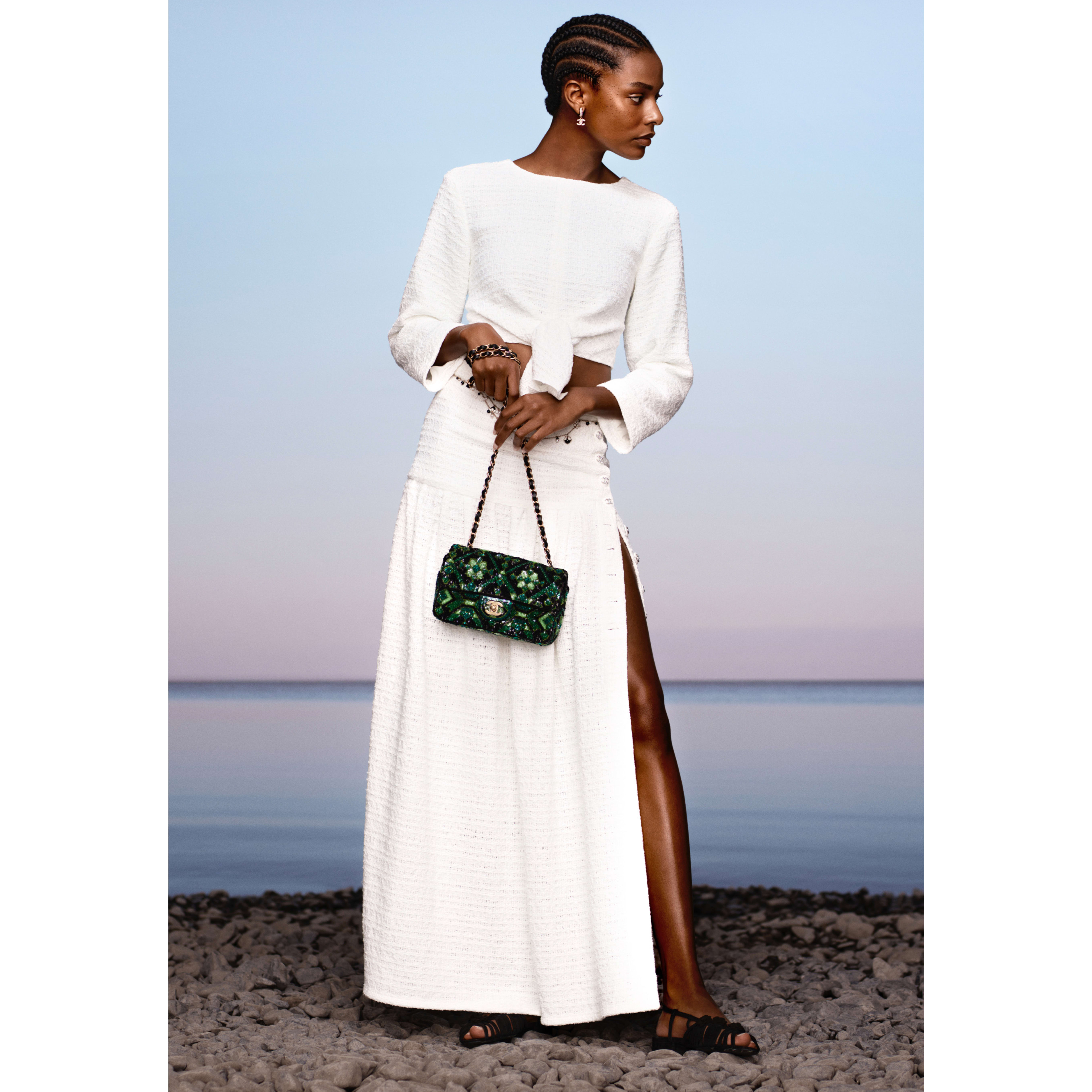 Skirt - White - Tweed - CHANEL - Default view - see standard sized version