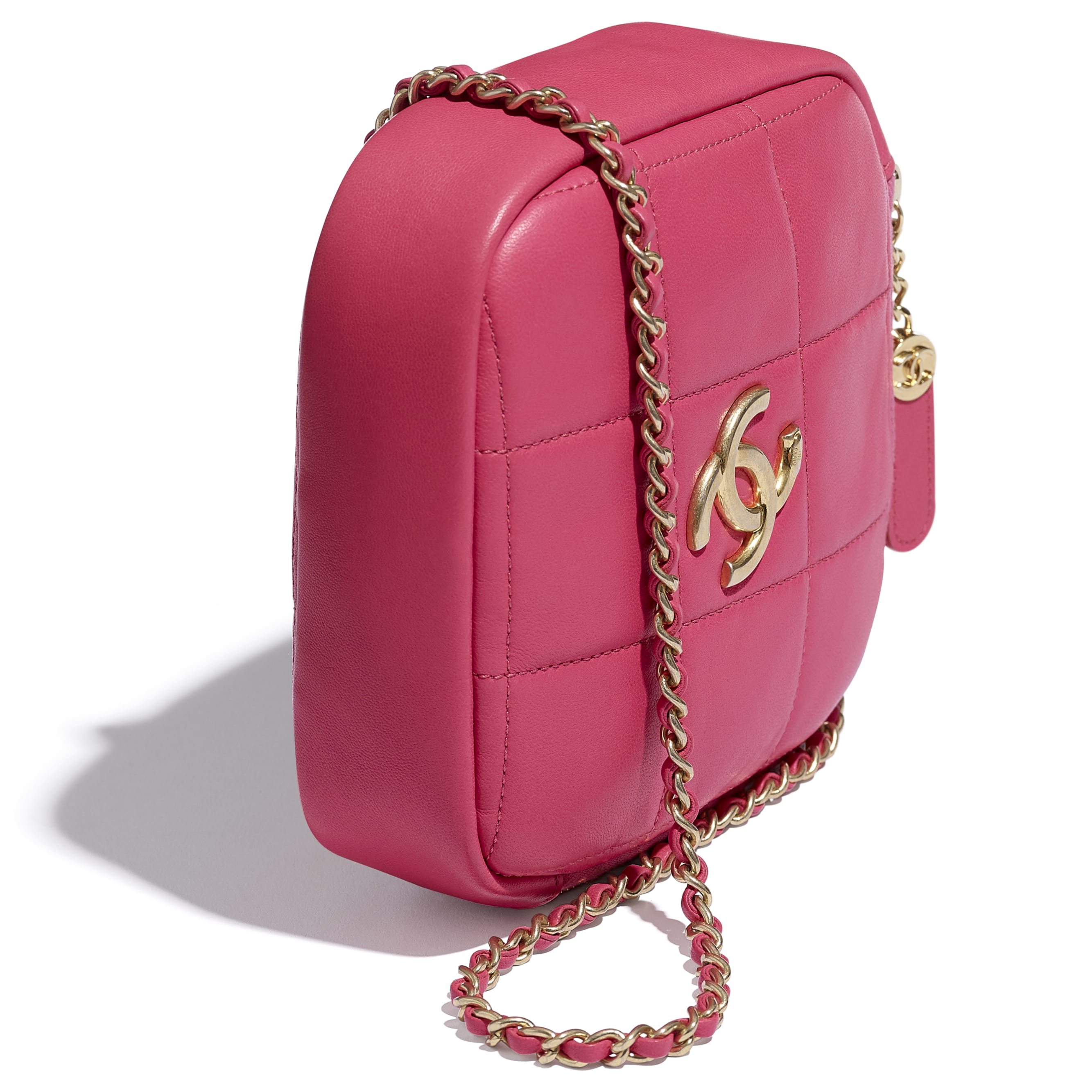 Small Diamond Bag - Pink - Lambskin - CHANEL - Extra view - see standard sized version