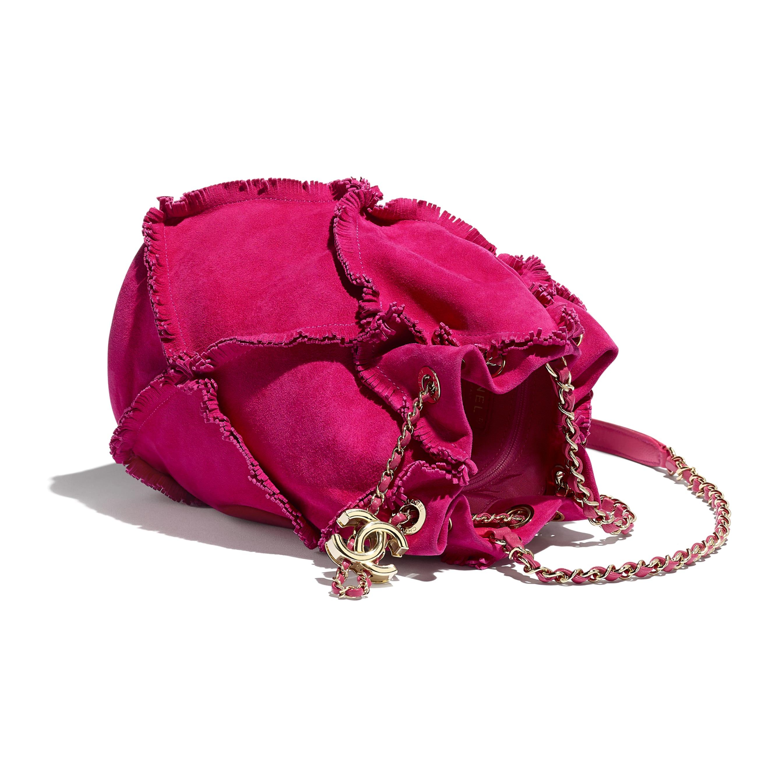 Mała torba ściągana paskiem - Kolor fuksji - Zamszowa skóra kozia i metal w tonacji złotej.  - CHANEL - Inny widok – zobacz w standardowym rozmiarze