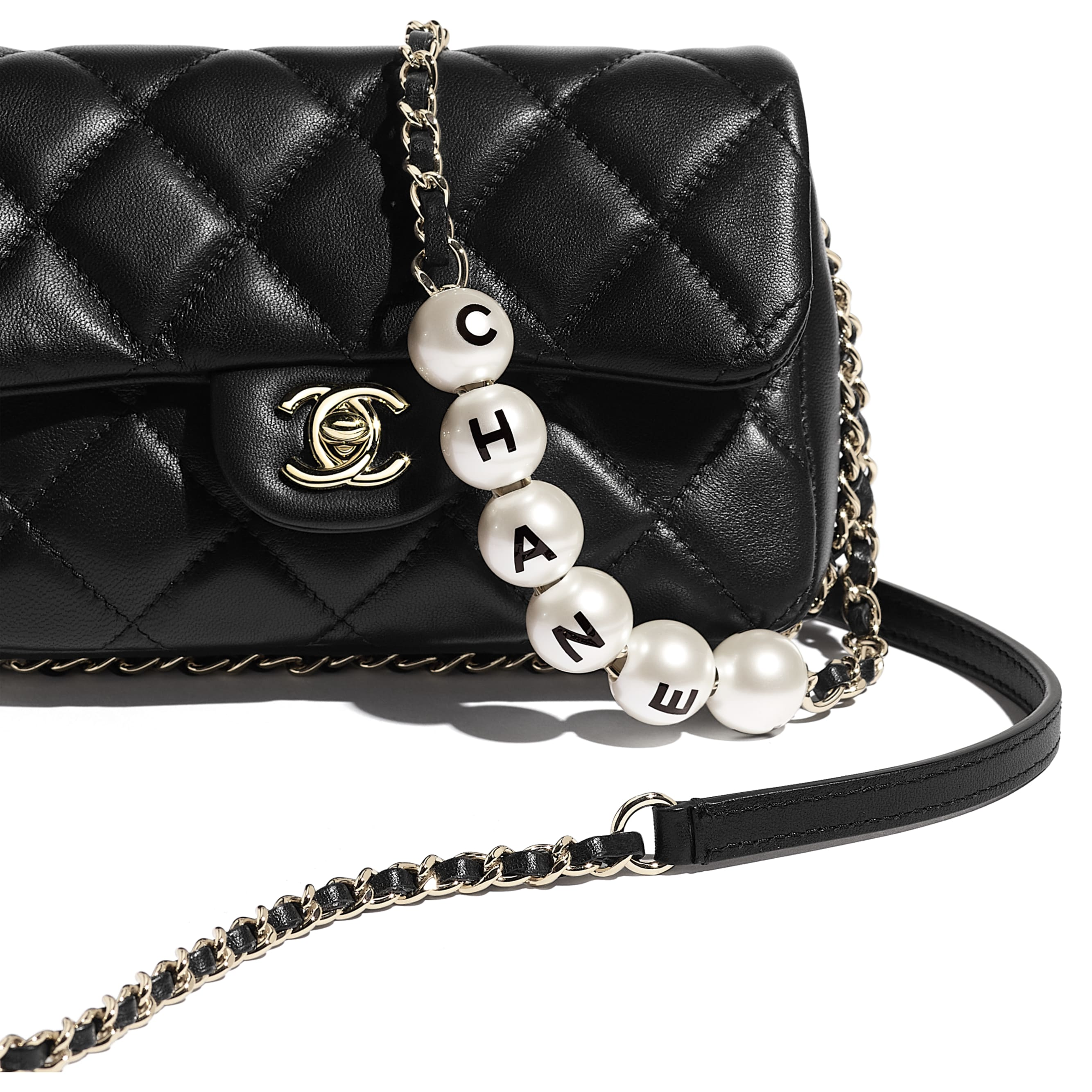 Small Flap Bag - Black - Lambskin, Imitation Pearls & Gold Metal - CHANEL - Extra view - see standard sized version