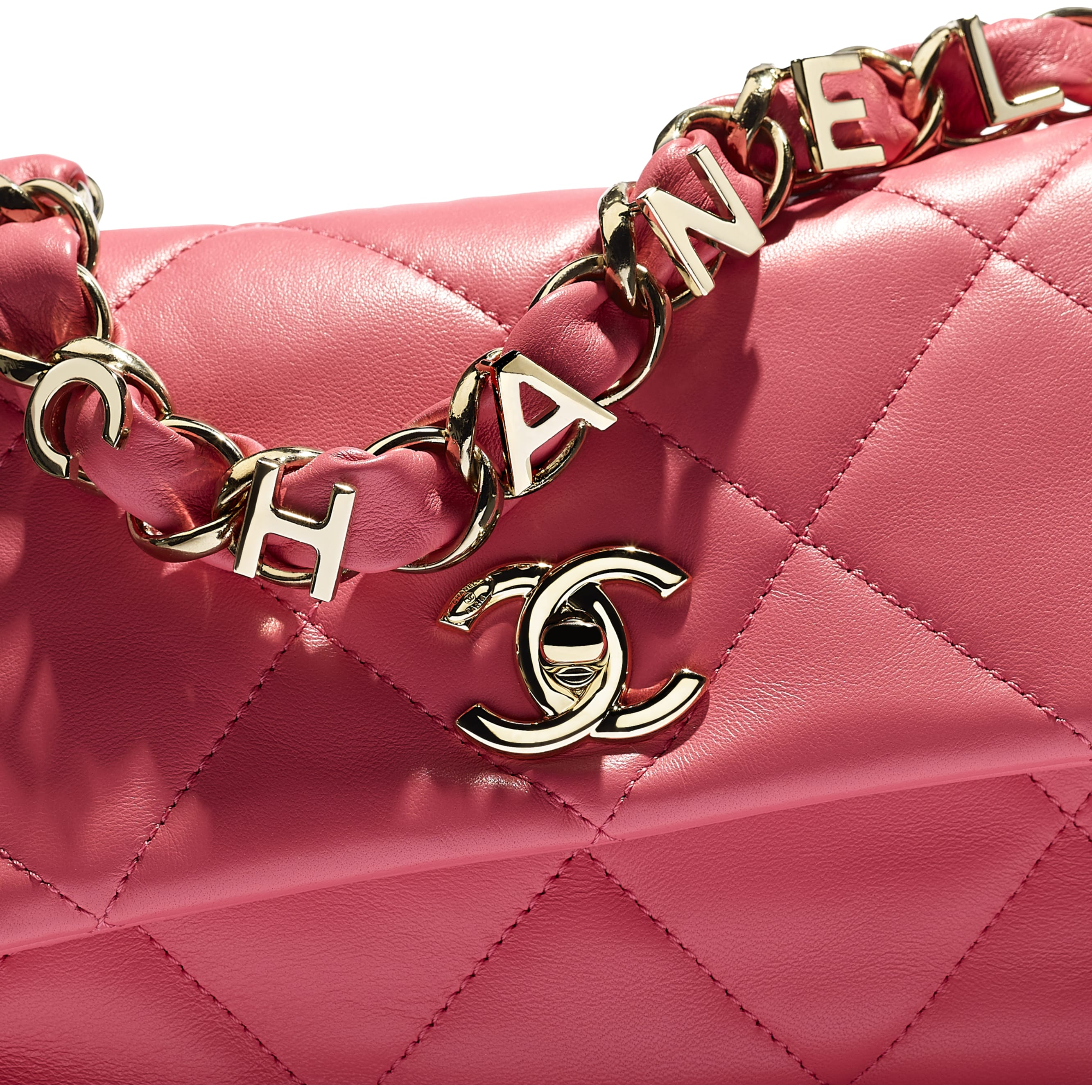 Small Flap Bag - Coral - Lambskin - CHANEL - Extra view - see standard sized version