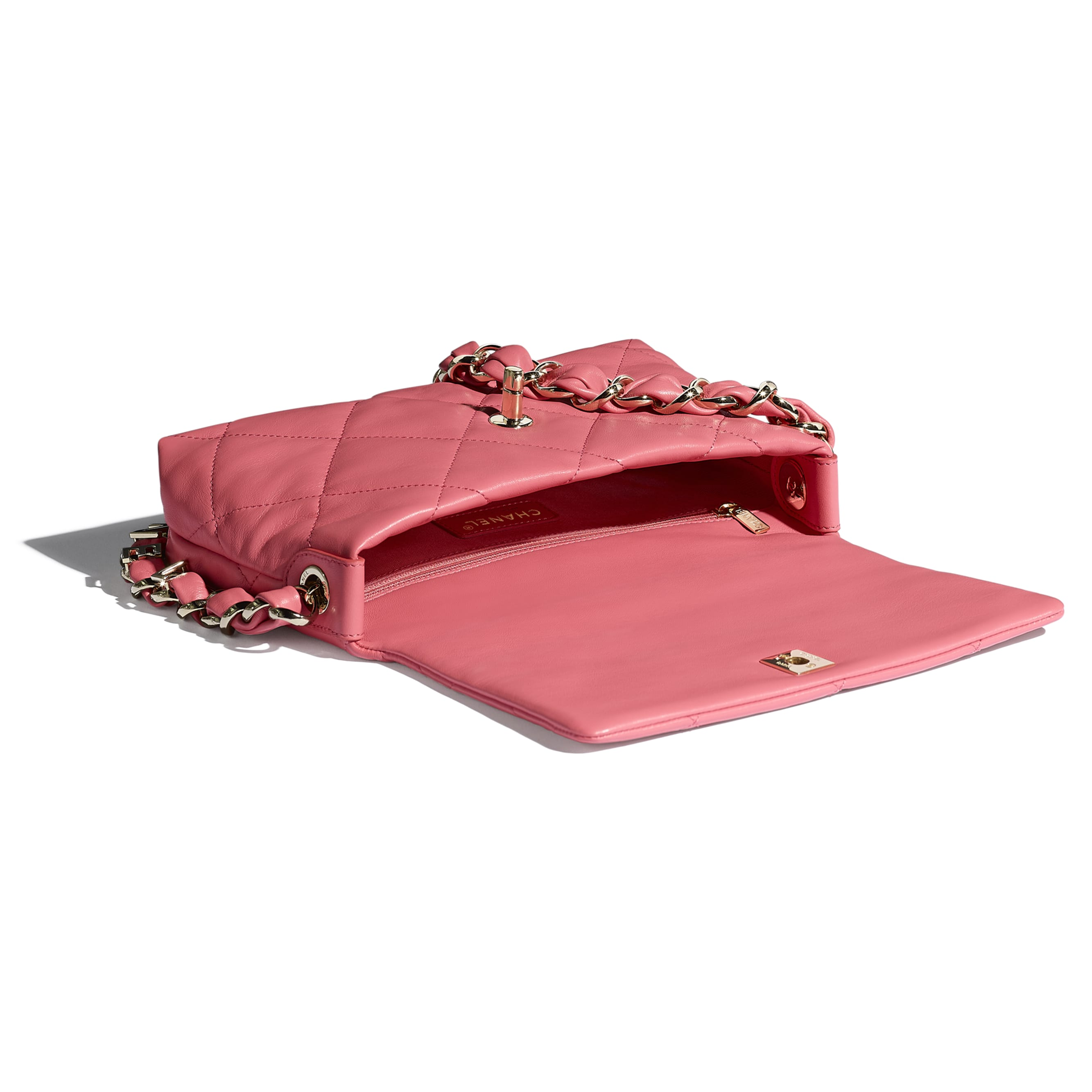 Small Flap Bag - Coral - Lambskin - CHANEL - Other view - see standard sized version