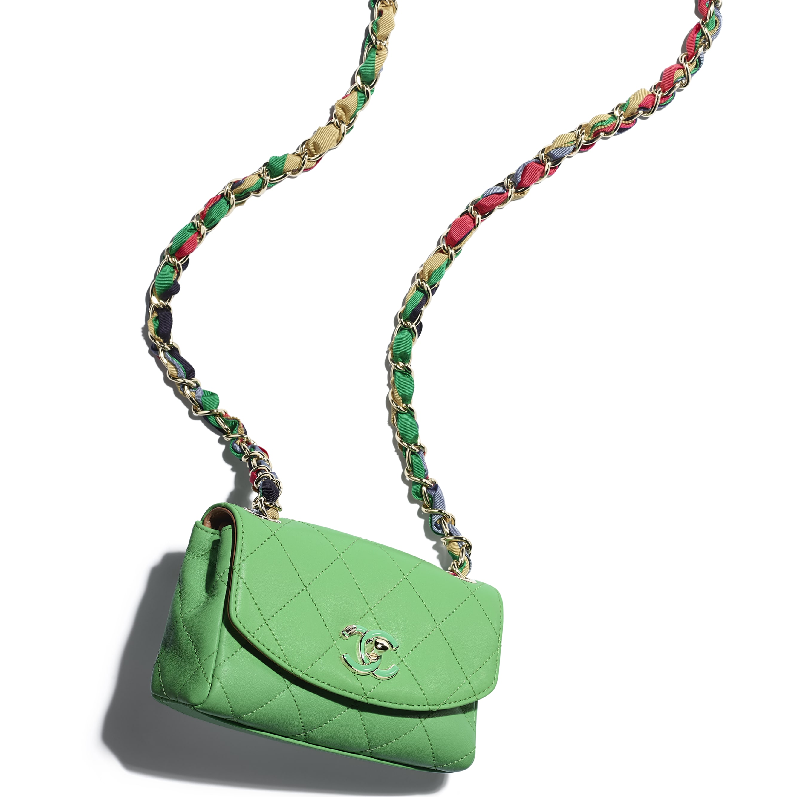 細號垂蓋手袋 - 綠色 - 小羊皮、混合纖維及金色金屬 - CHANEL - 額外視圖 - 查看標準尺寸版本