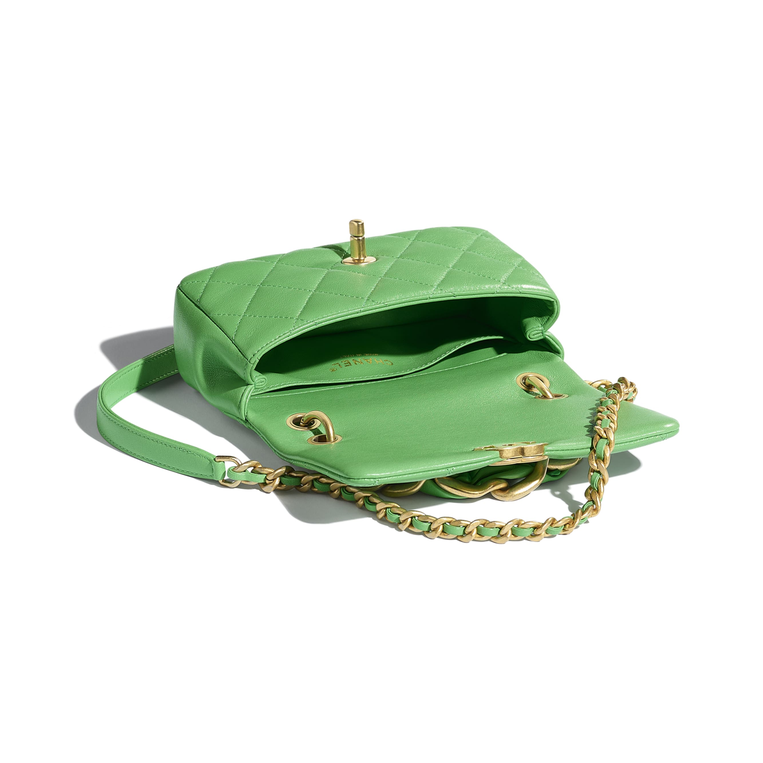 Small Flap Bag - Green - Shiny Lambskin & Gold-Tone Metal - CHANEL - Other view - see standard sized version