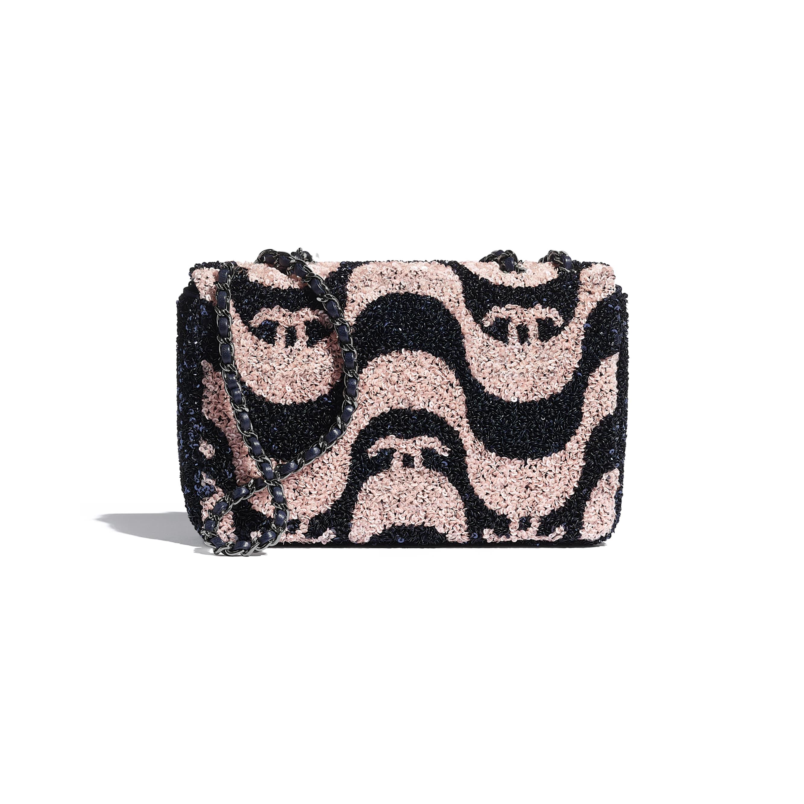 Petit sac à rabat - Bleu marine & rose - Sequins & métal ruthénium - CHANEL - Vue alternative - voir la version taille standard