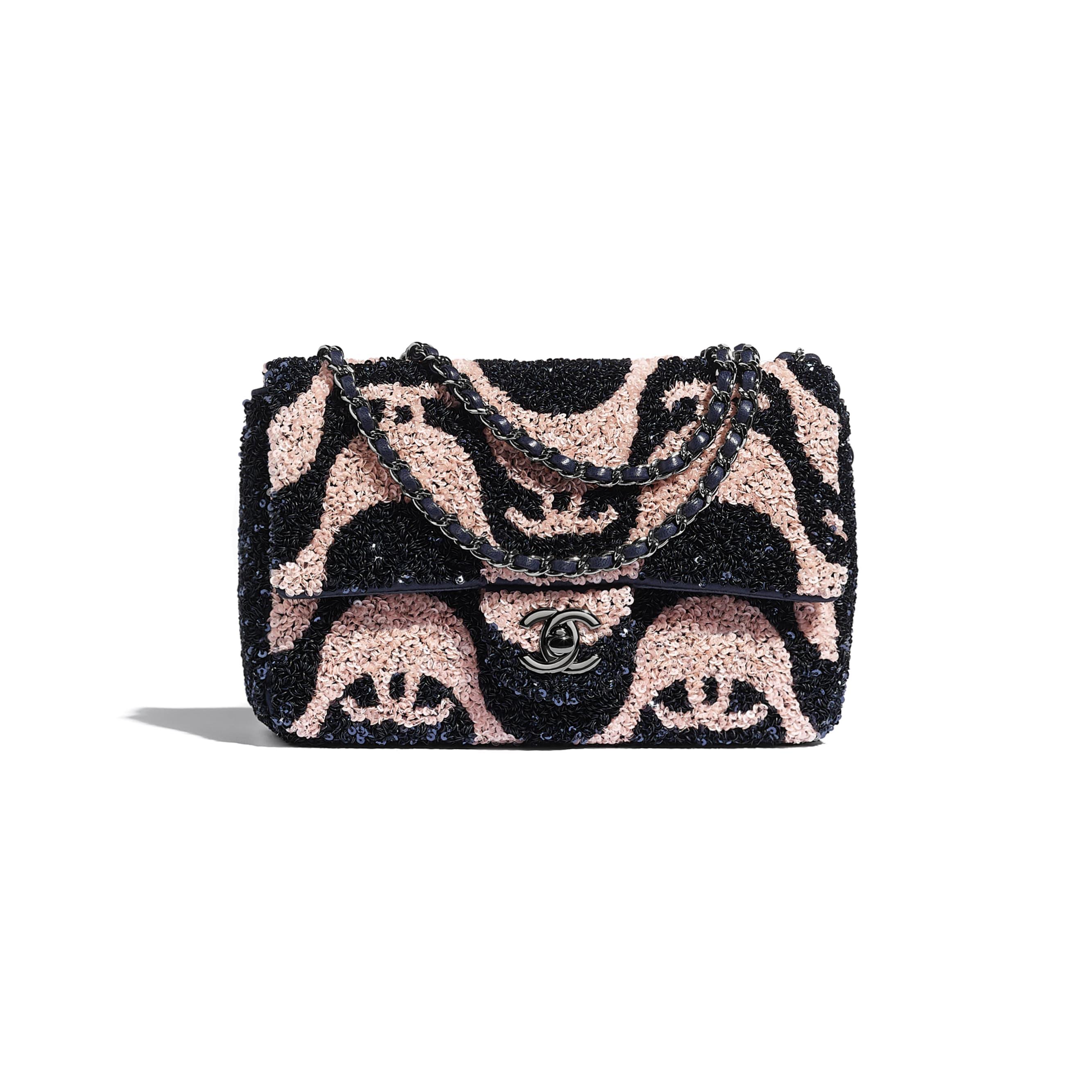 Petit sac à rabat - Bleu marine & rose - Sequins & métal ruthénium - CHANEL - Vue par défaut - voir la version taille standard