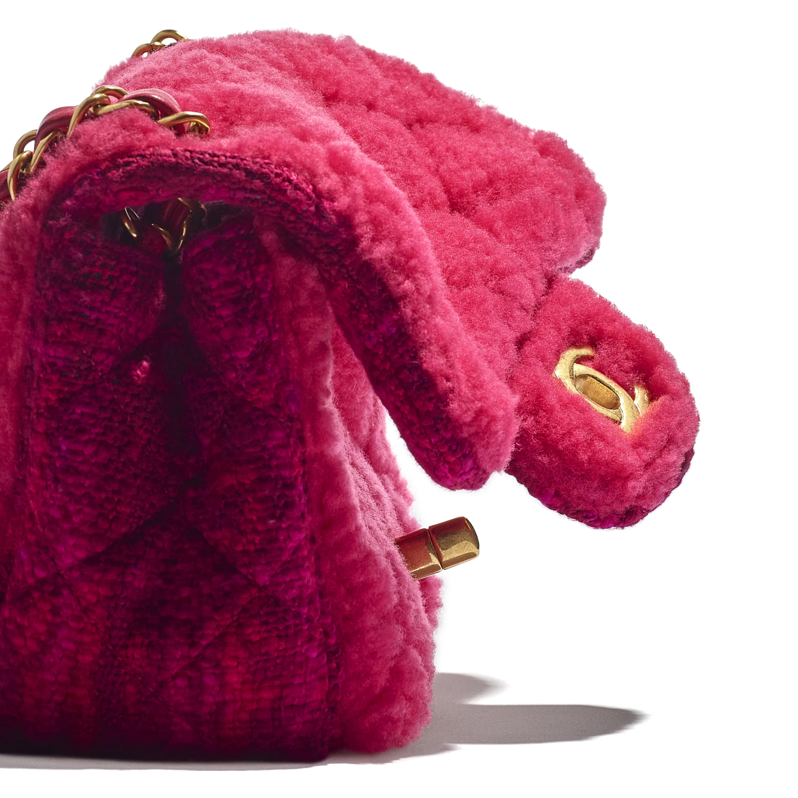 Small Flap Bag - Pink, Burgundy & Red - Shearling Sheepskin, Tweed & Gold-Tone Metal - CHANEL - Extra view - see standard sized version