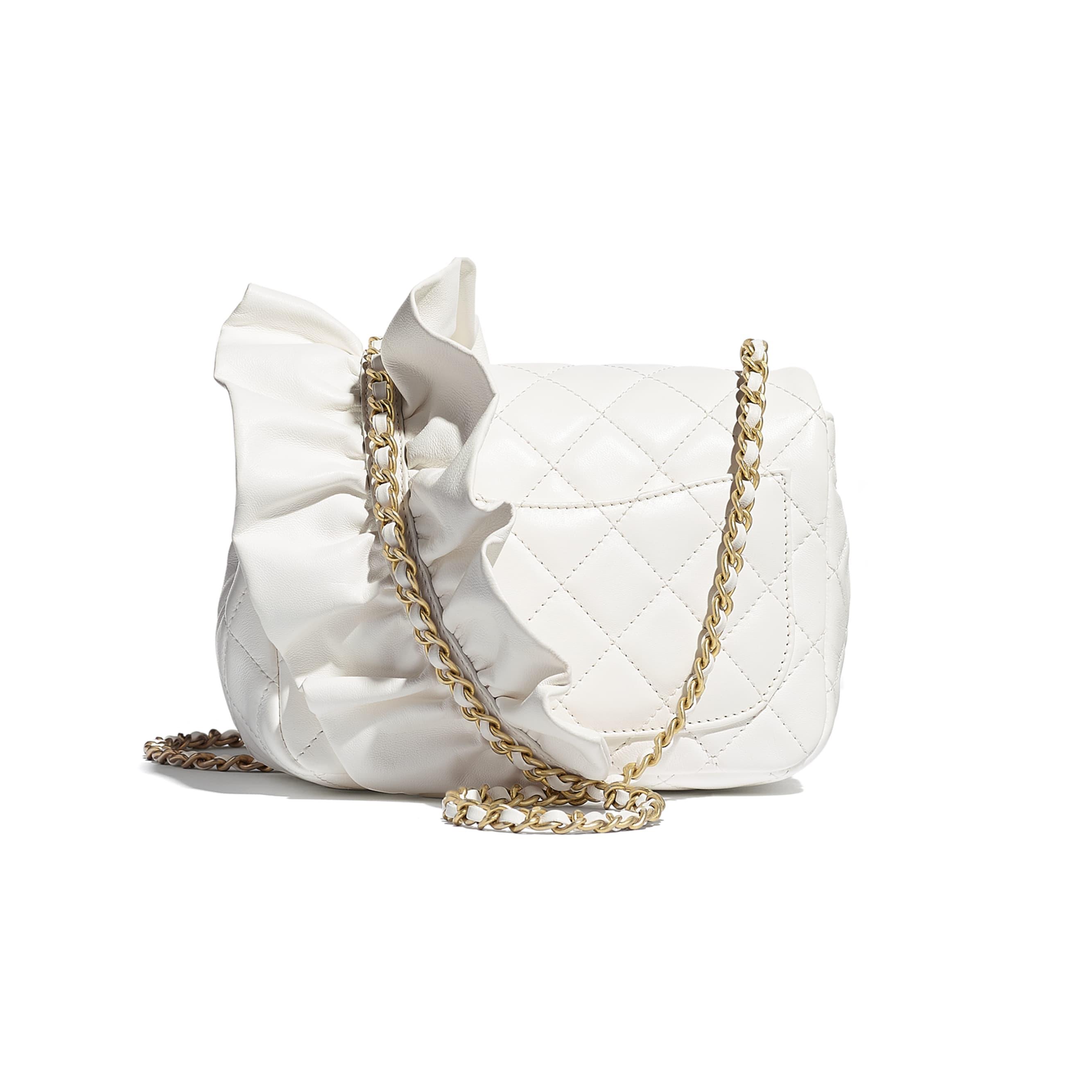 細號垂蓋手袋 - 白色 - 小羊皮及金色金屬 - CHANEL - 替代視圖 - 查看標準尺寸版本