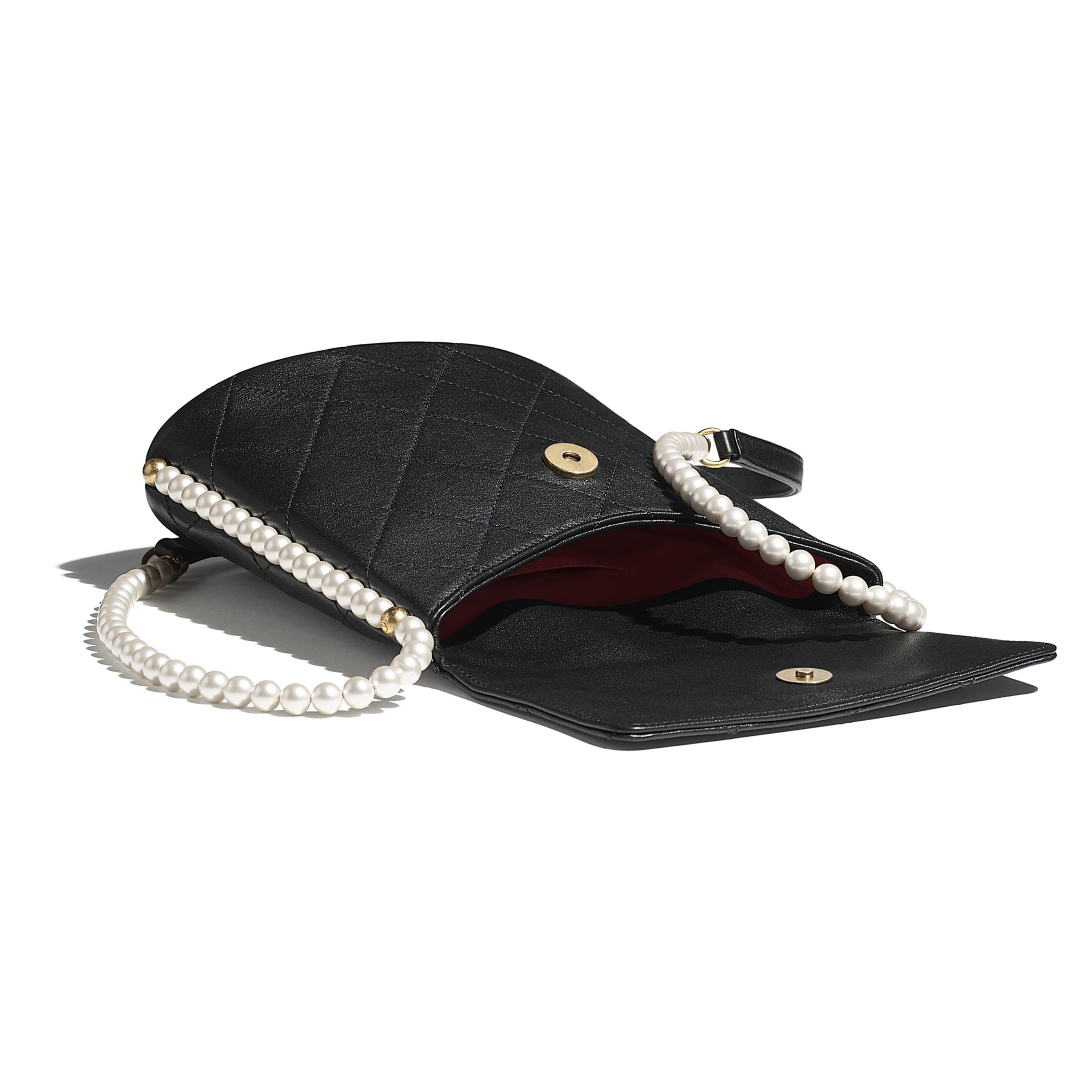 Kleine Hobo-Tasche - Schwarz - Kalbsleder, Modeschmuckperlen & goldfarbenes Metall - CHANEL - Weitere Ansicht - Standardgröße anzeigen