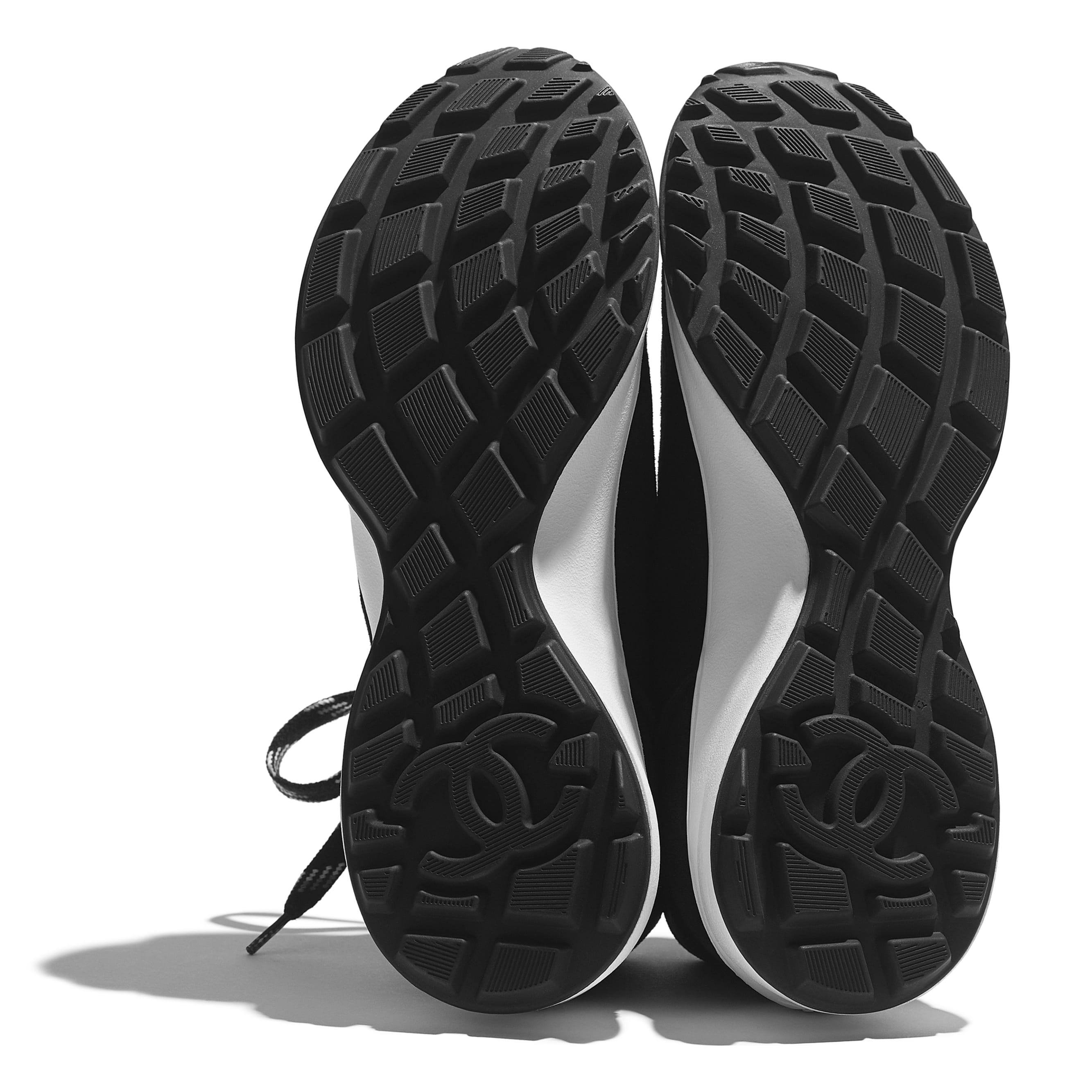 Trainers - Black - Suede Goatskin - CHANEL - Extra view - see standard sized version