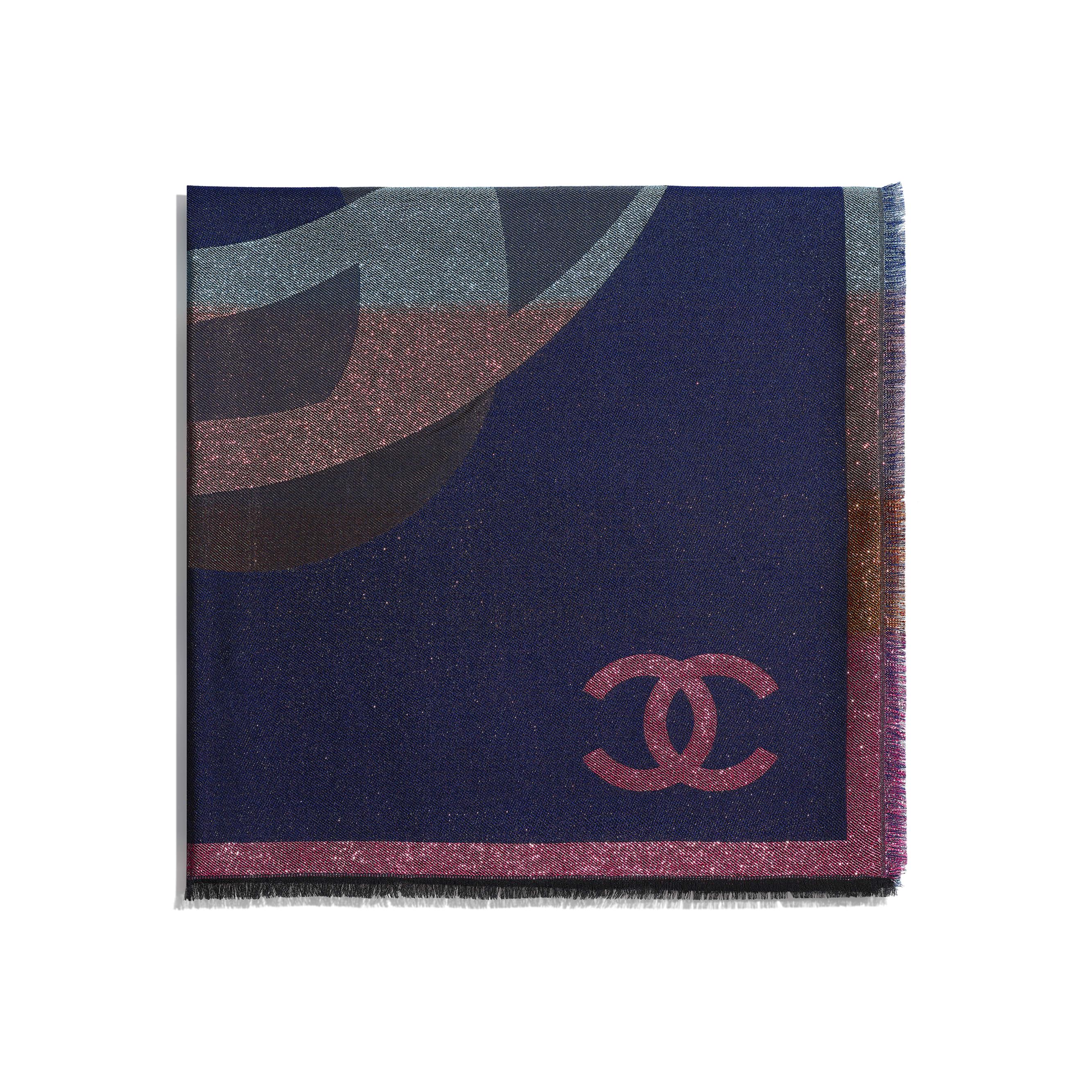 Lenço Quadrado - Navy Blue & Multicolor - Cashmere, Silk & Metallic Fibers - CHANEL - Vista alternativa - ver a versão em tamanho standard
