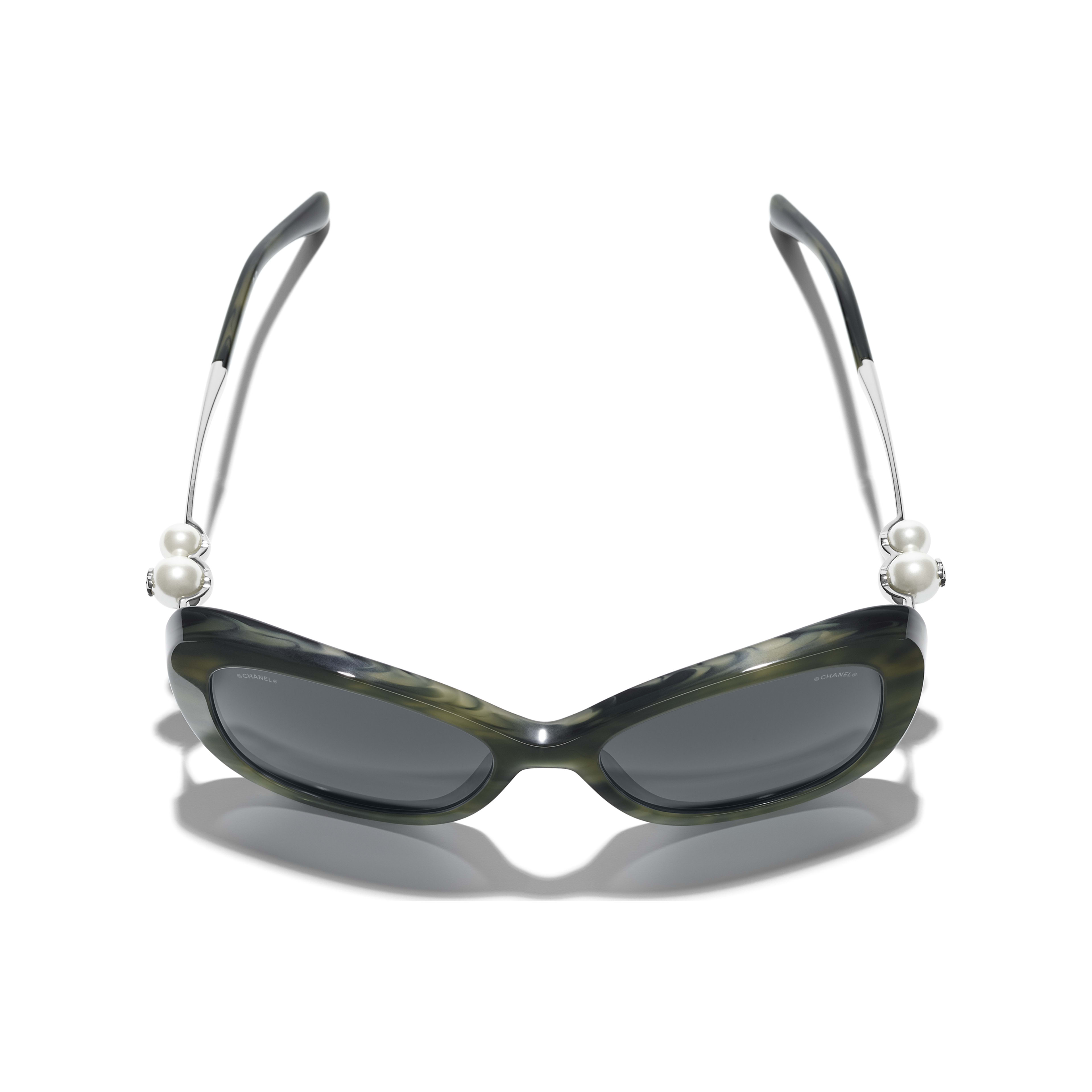 Square Sunglasses - Green Tortoise - Acetate & Imitation Pearls - CHANEL - Extra view - see standard sized version