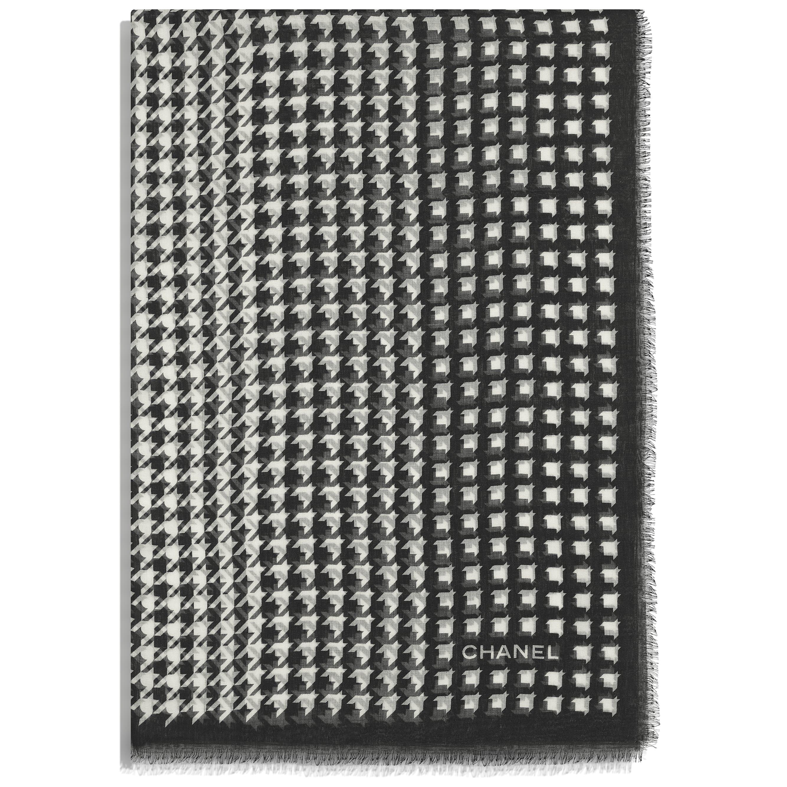 Stole - Black & Ecru - Cashmere & Silk - CHANEL - Alternative view - see standard sized version