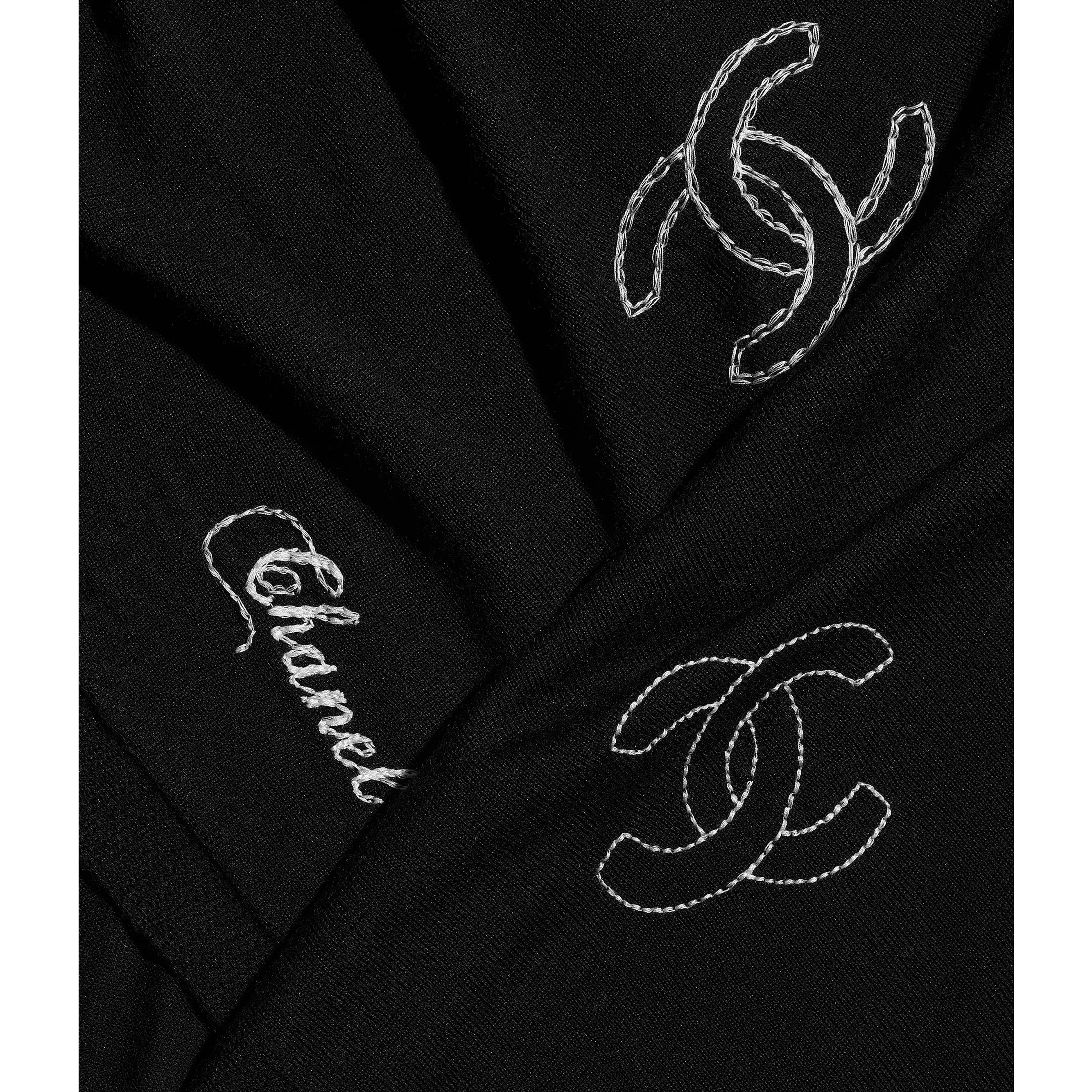 Stole - Black - Wool, Silk & Cashmere - CHANEL - Default view - see standard sized version