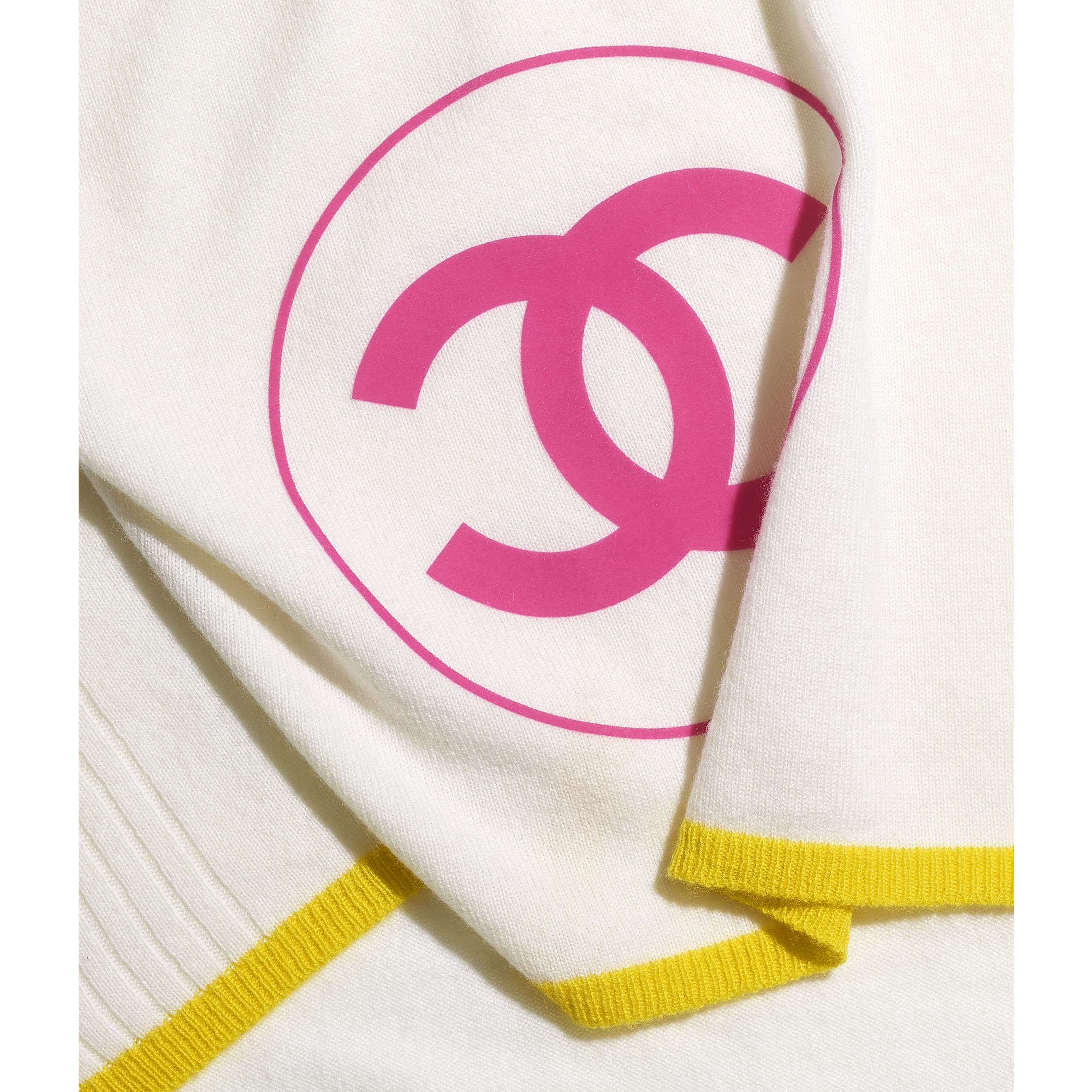 Stole - Ecru, Yellow & Pink - Cashmere - CHANEL - Default view - see standard sized version