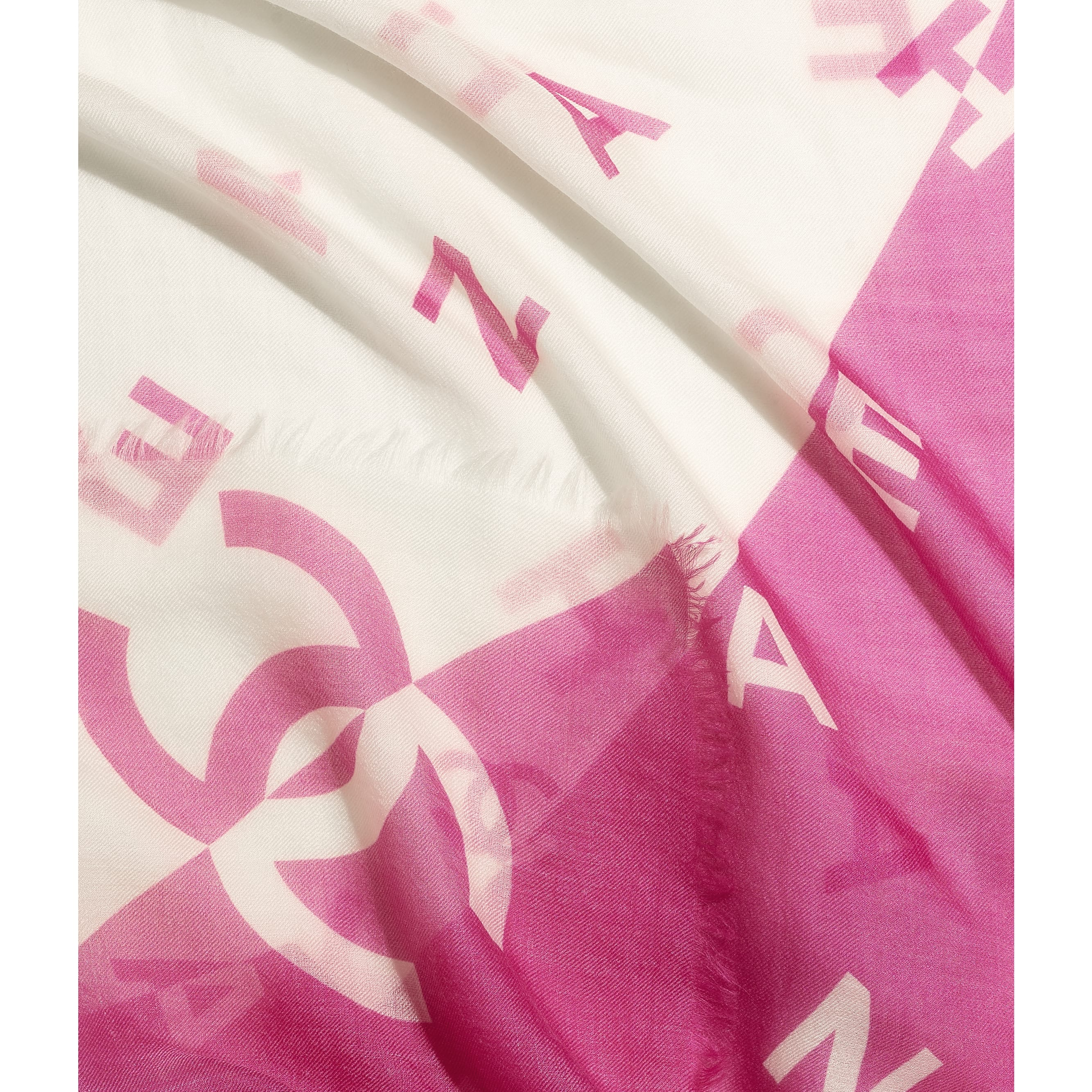 Stole - Fuchsia & White - Cashmere - CHANEL - Default view - see standard sized version