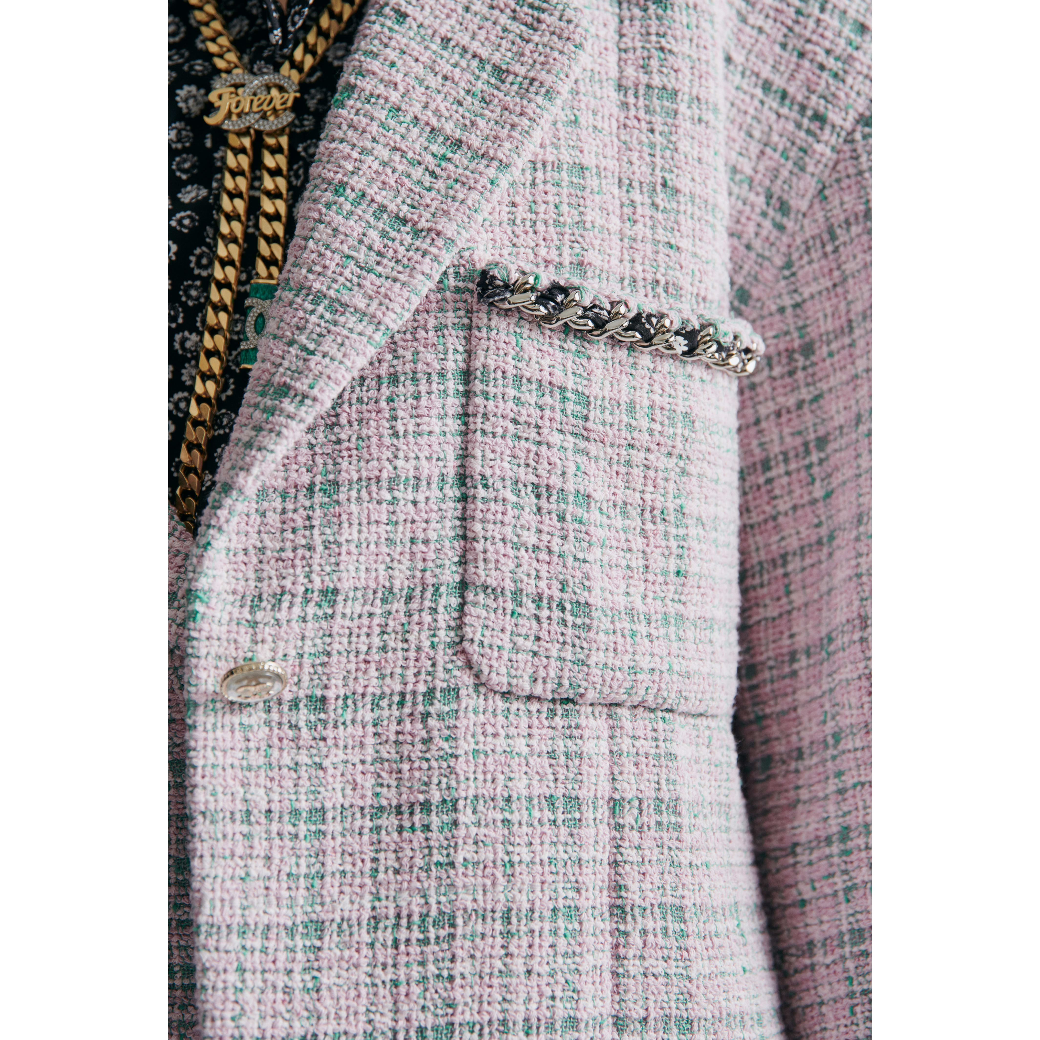 Vest - Pink & Green - Tweed - CHANEL - Other view - see standard sized version