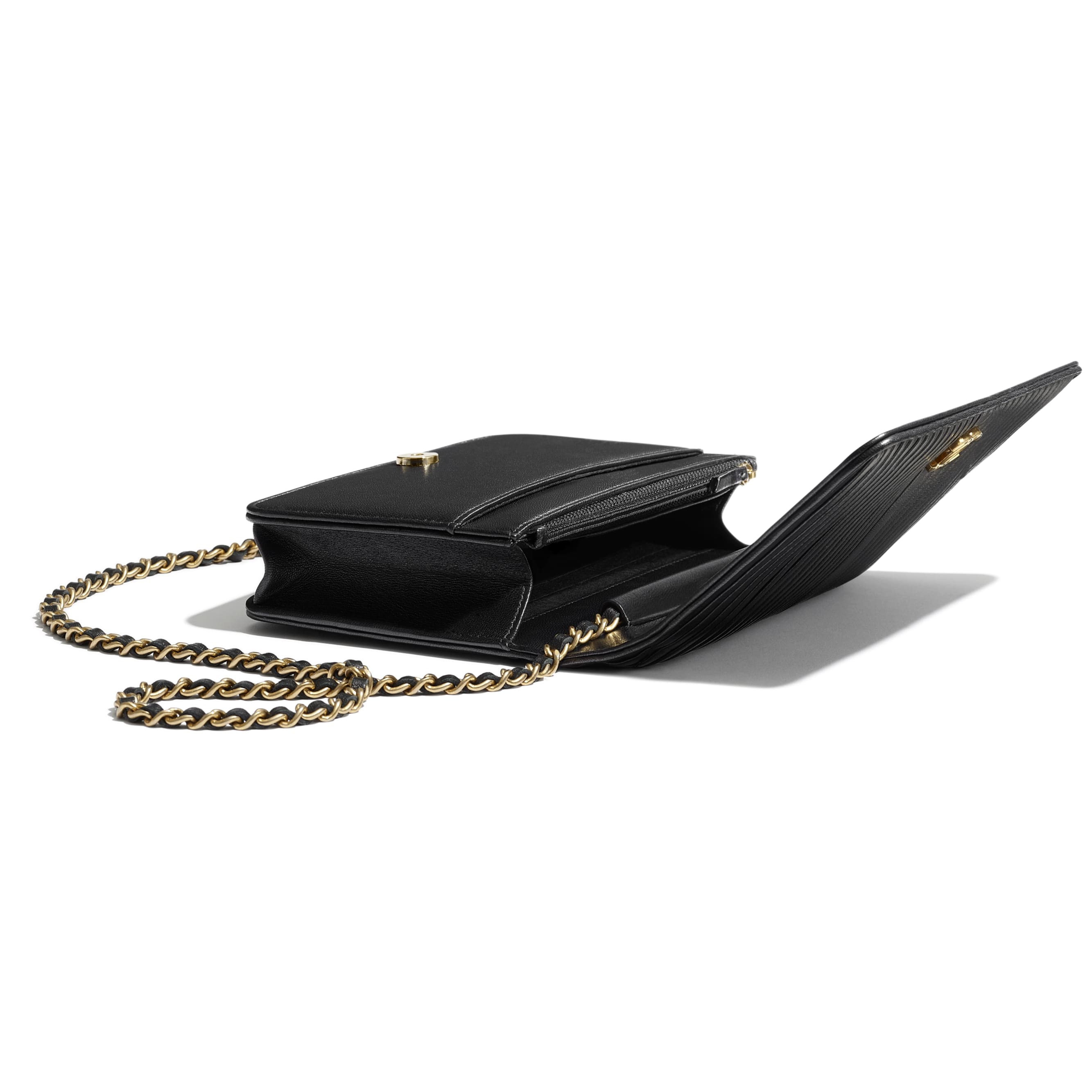 Wallet on Chain - Black - Lambskin, Imitation Pearls & Gold-Tone Metal - CHANEL - Extra view - see standard sized version