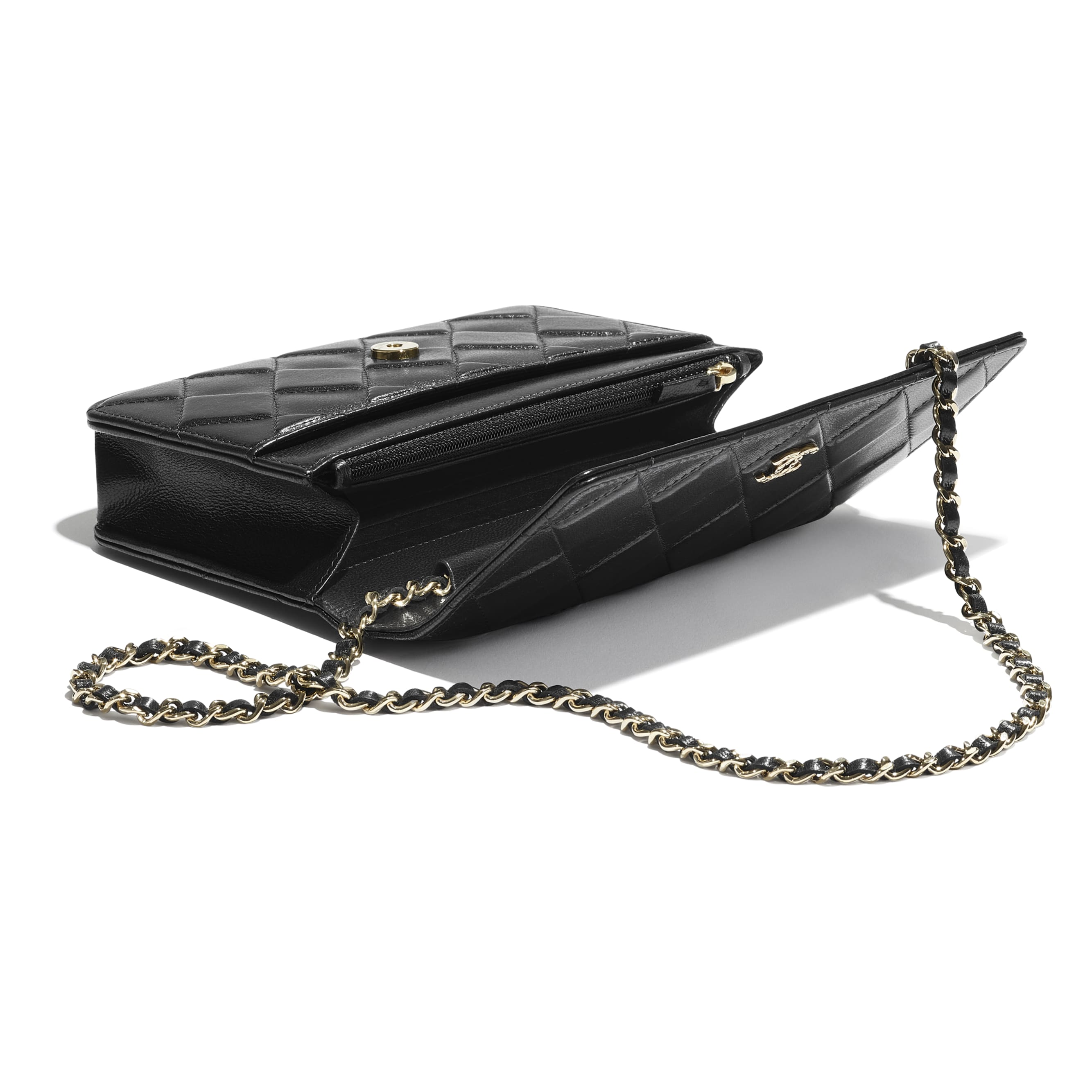 Wallet On Chain - Black - Shiny Crumpled Goatskin & Gold-Tone Metal - CHANEL - Extra view - see standard sized version