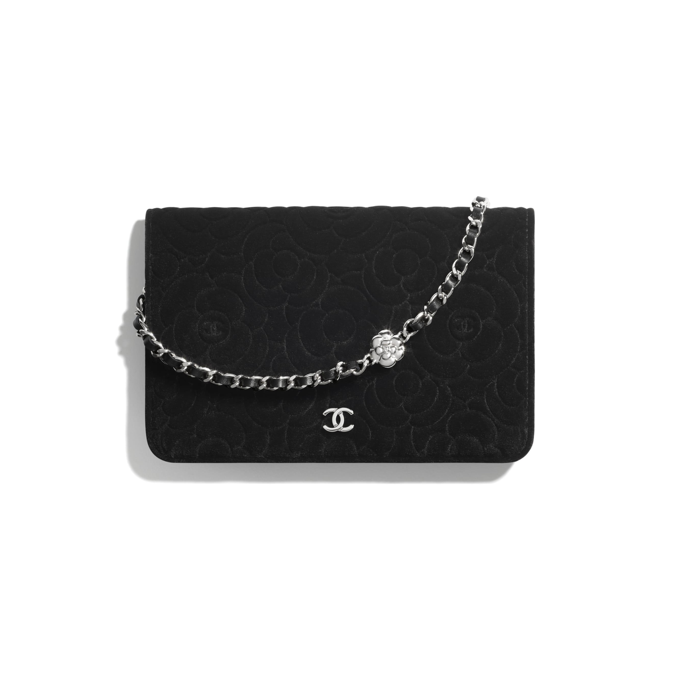 Torebka portfelowa z łańcuchem  - Kolor czarny - Aksamit i metal w tonacji srebrnej - CHANEL - Widok domyślny – zobacz w standardowym rozmiarze