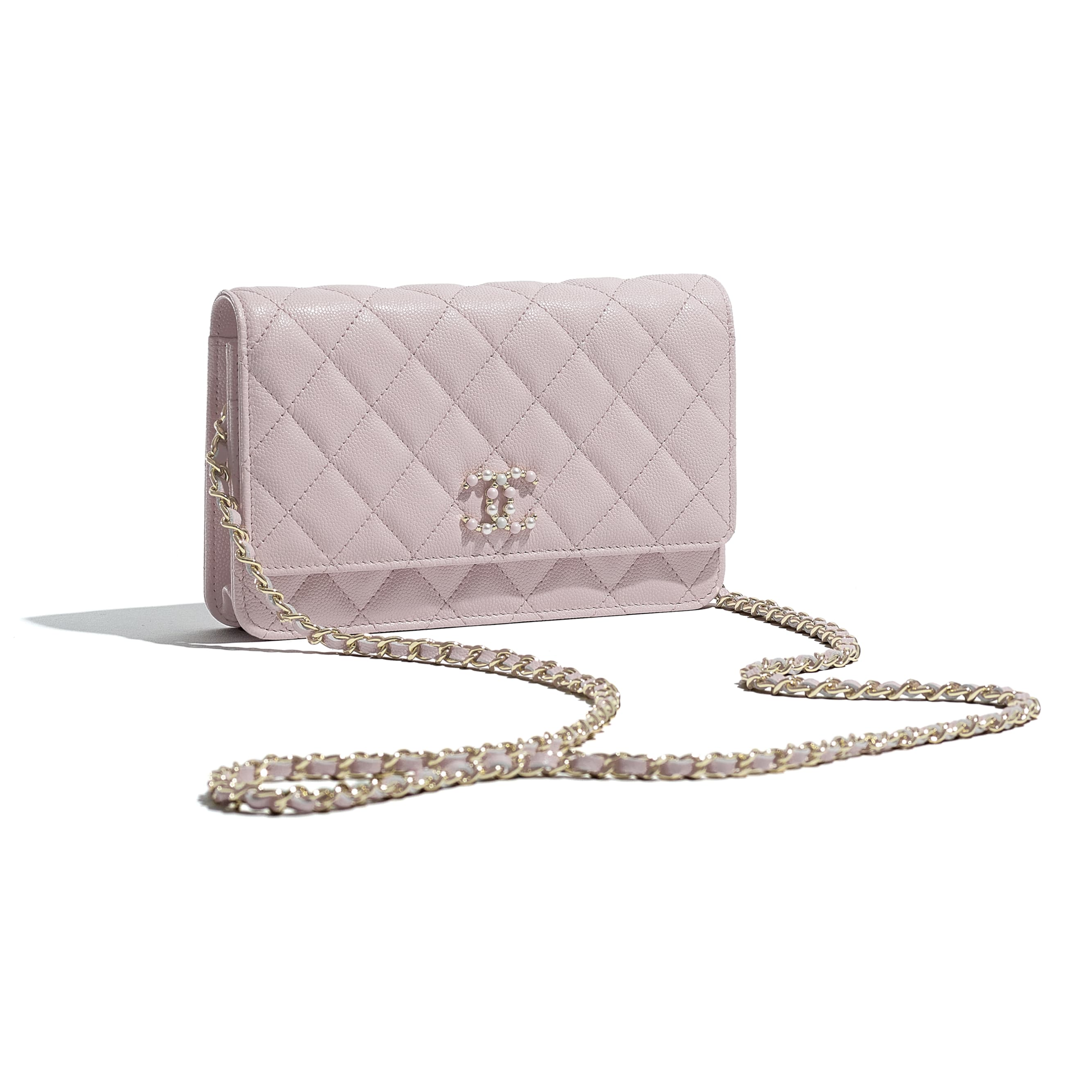 Wallet On Chain - Light Pink - Grained Calfskin & Gold-Tone Metal - CHANEL - Extra view - see standard sized version