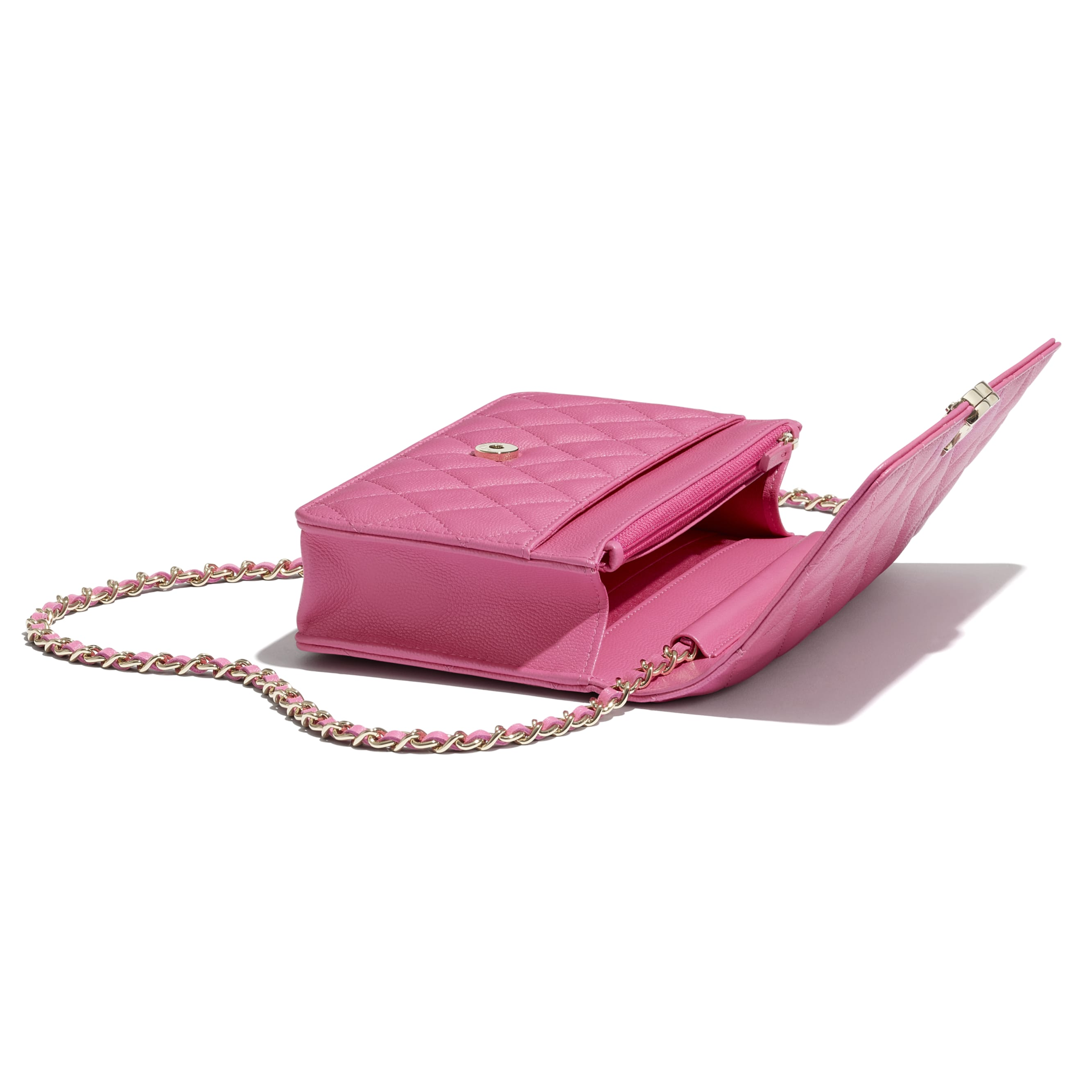 Wallet On Chain - Pink - Shiny Grained Calfskin, Gold-Tone & Lacquered Metal  - CHANEL - Extra view - see standard sized version