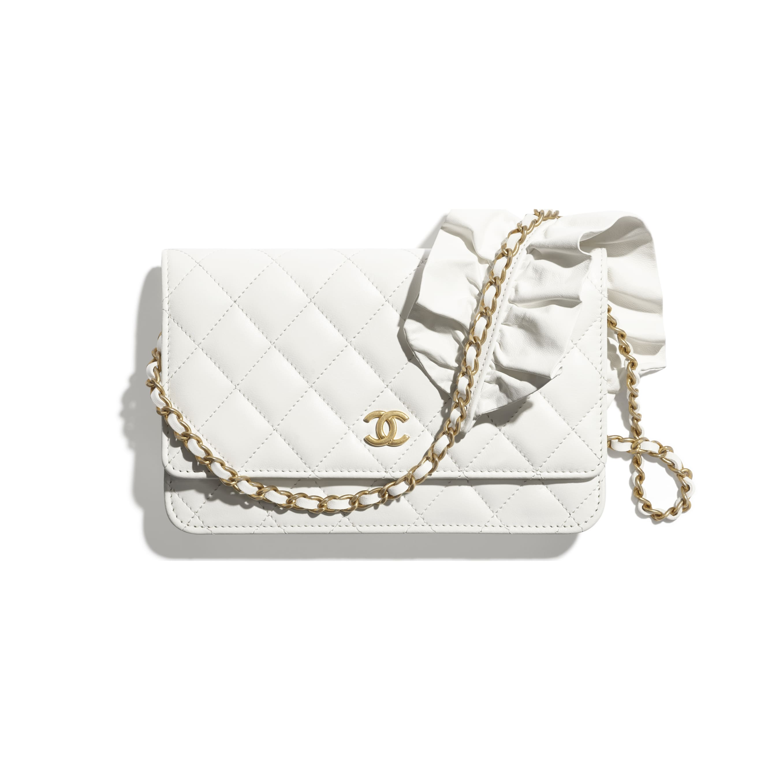 Wallet On Chain - White - Lambskin - CHANEL - Default view - see standard sized version