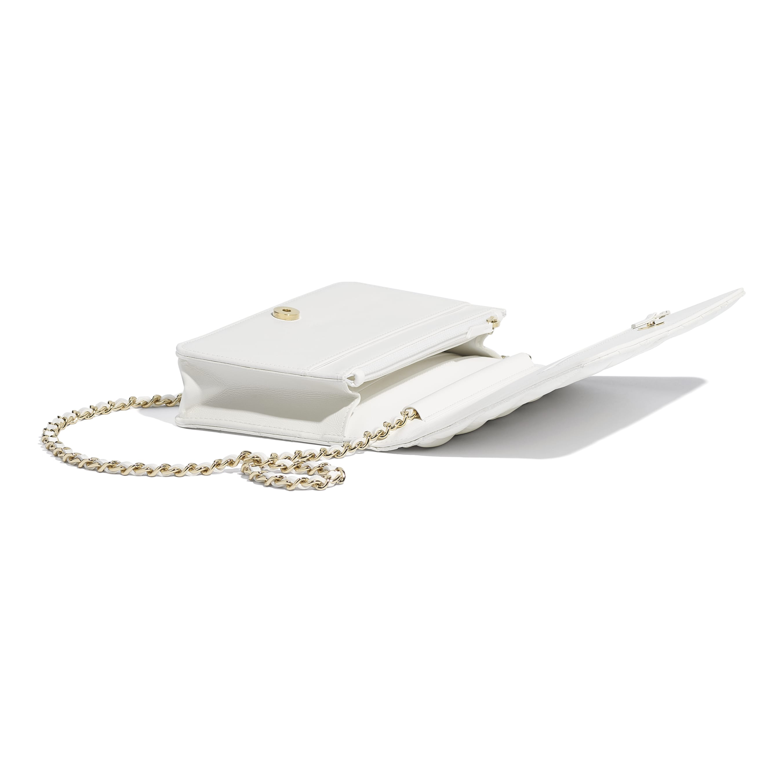 Wallet On Chain - White - Shiny Lambskin & Gold-Tone Metal - Extra view - see standard sized version