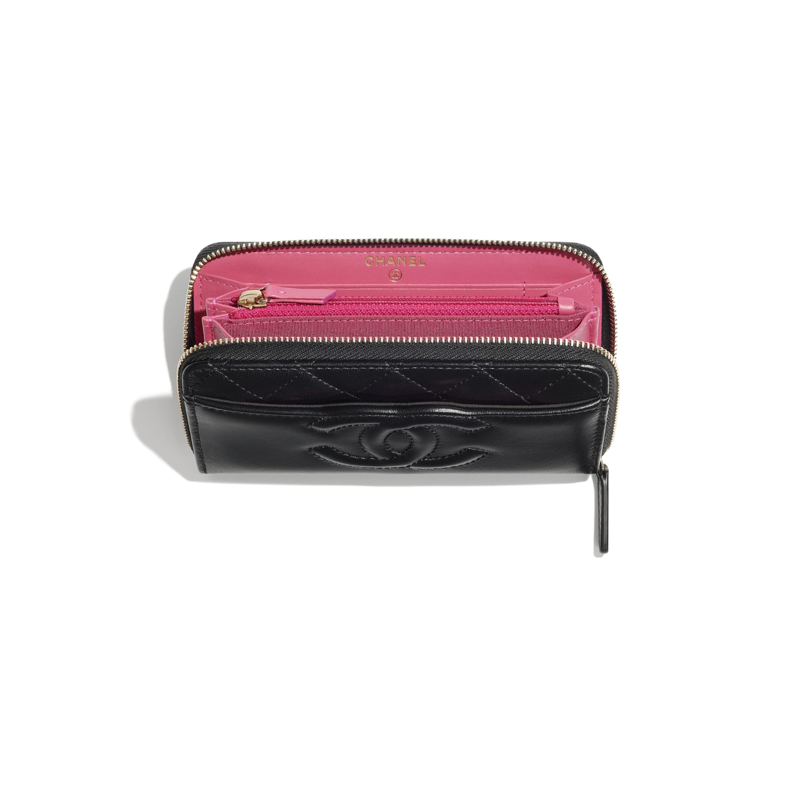 กระเป๋าสตางค์ตกแต่งซิป - สีดำ - หนังแพะและโลหะสีทอง - CHANEL - มุมมองอื่น - ดูเวอร์ชันขนาดมาตรฐาน