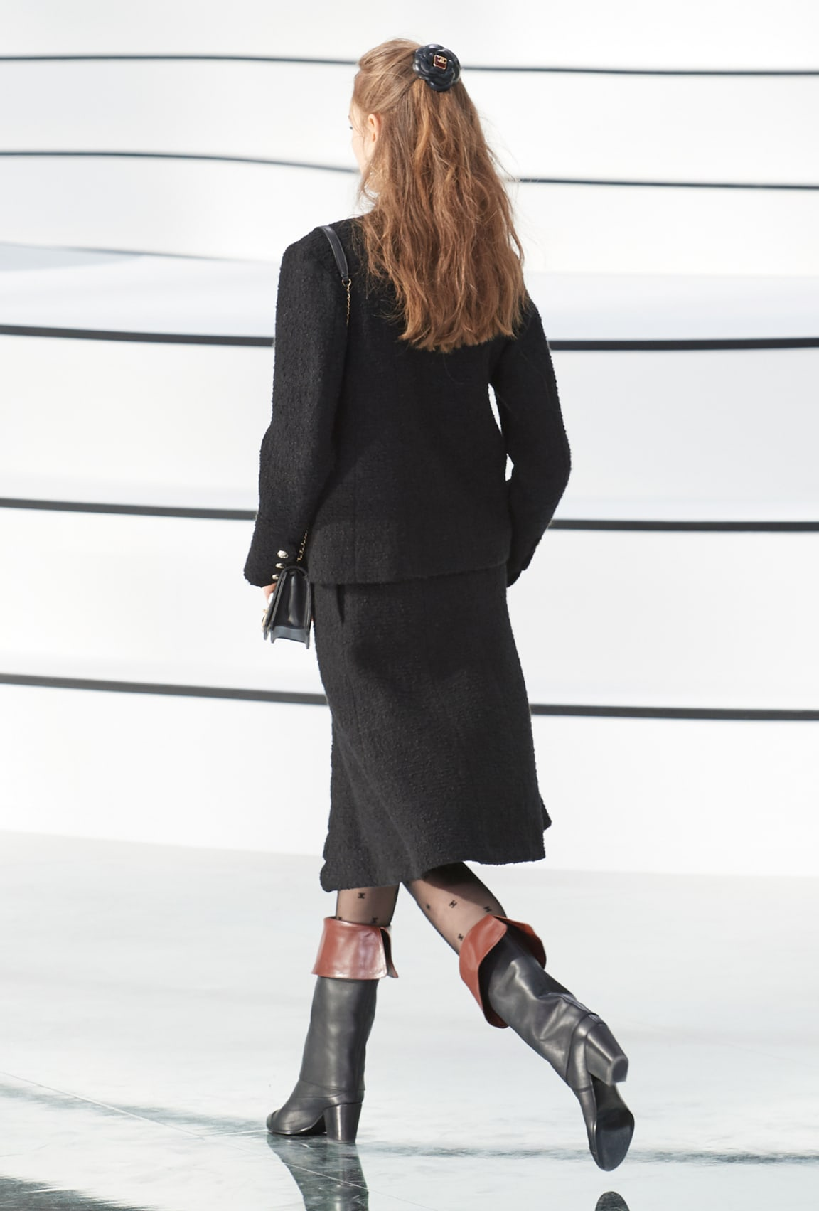 Image 1 - Look  11