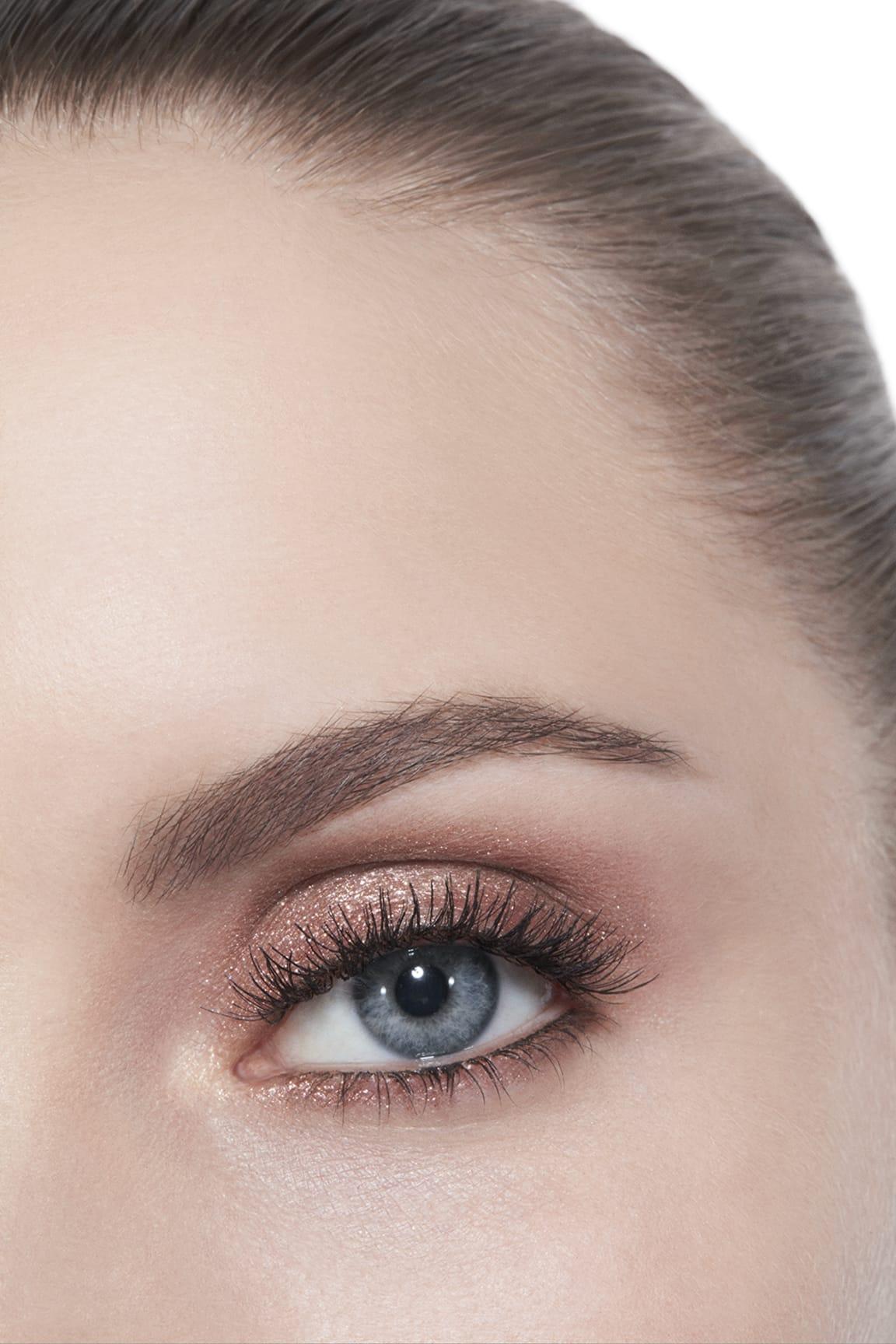 Application makeup visual 2 - ILLUSION D'OMBRE 97 - NEW MOON