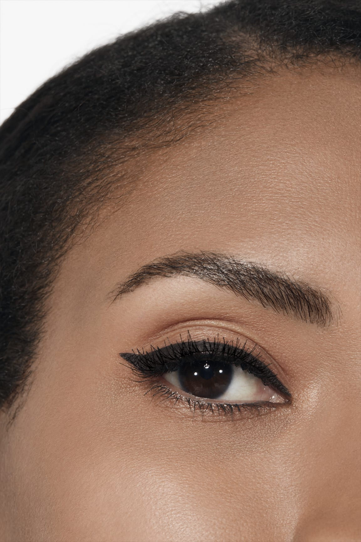 Application makeup visual 2 - LE LINER DE CHANEL 512 - NOIR PROFOND