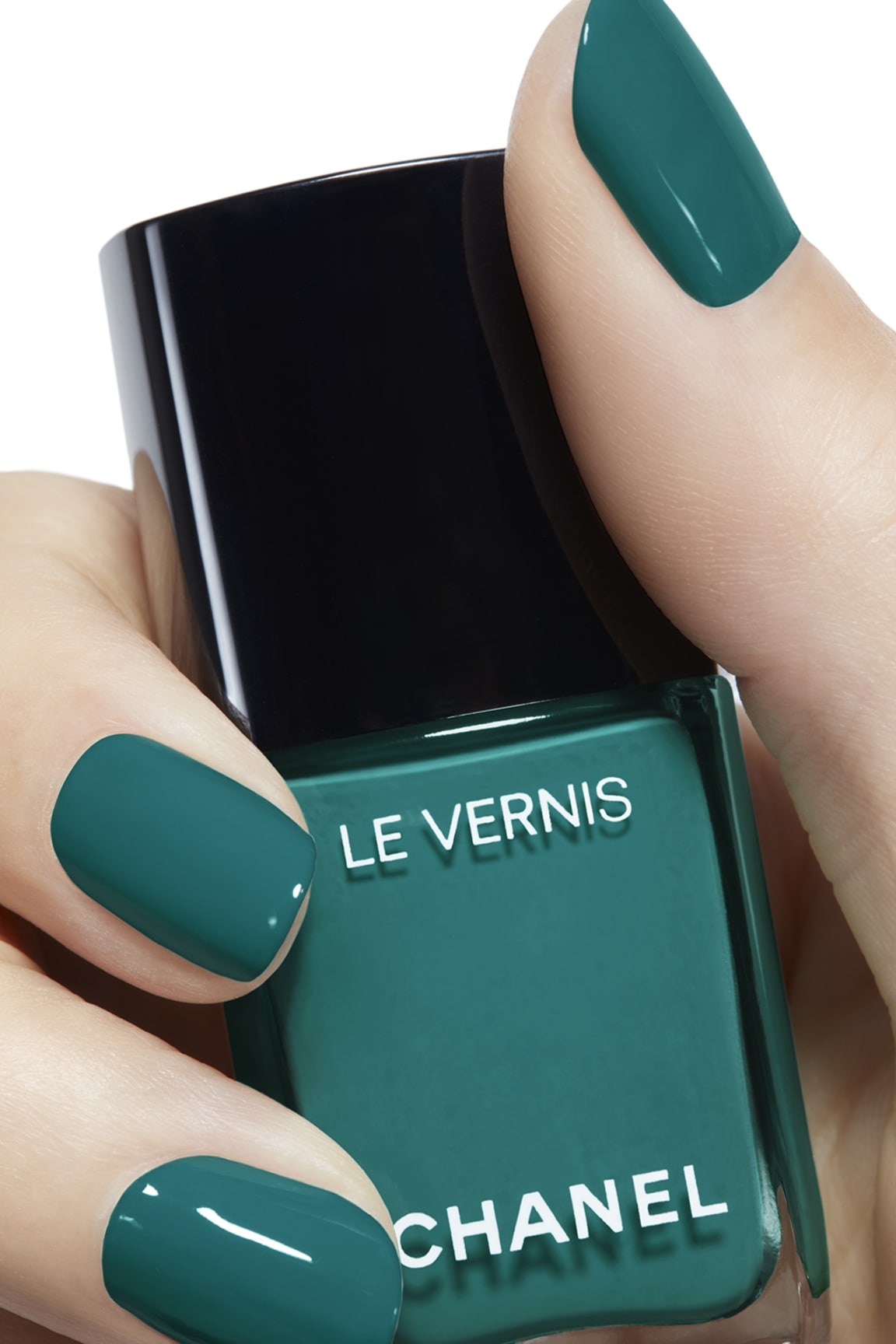 Пример нанесения макияжа 2 - LE VERNIS 755 - HARMONY