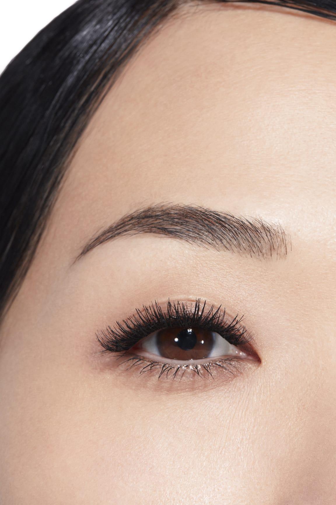 Toepassing make-up visual 1 - LE VOLUME RÉVOLUTION DE CHANEL 10 - NOIR