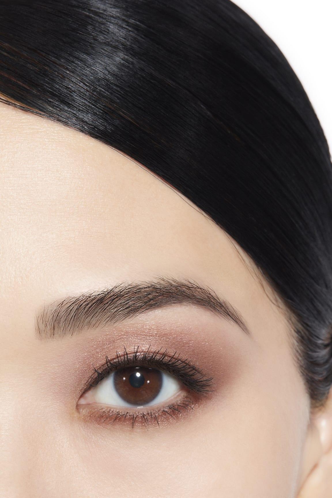 Application makeup visual 1 - LES 4 OMBRES 204 - TISSÉ VENDÔME